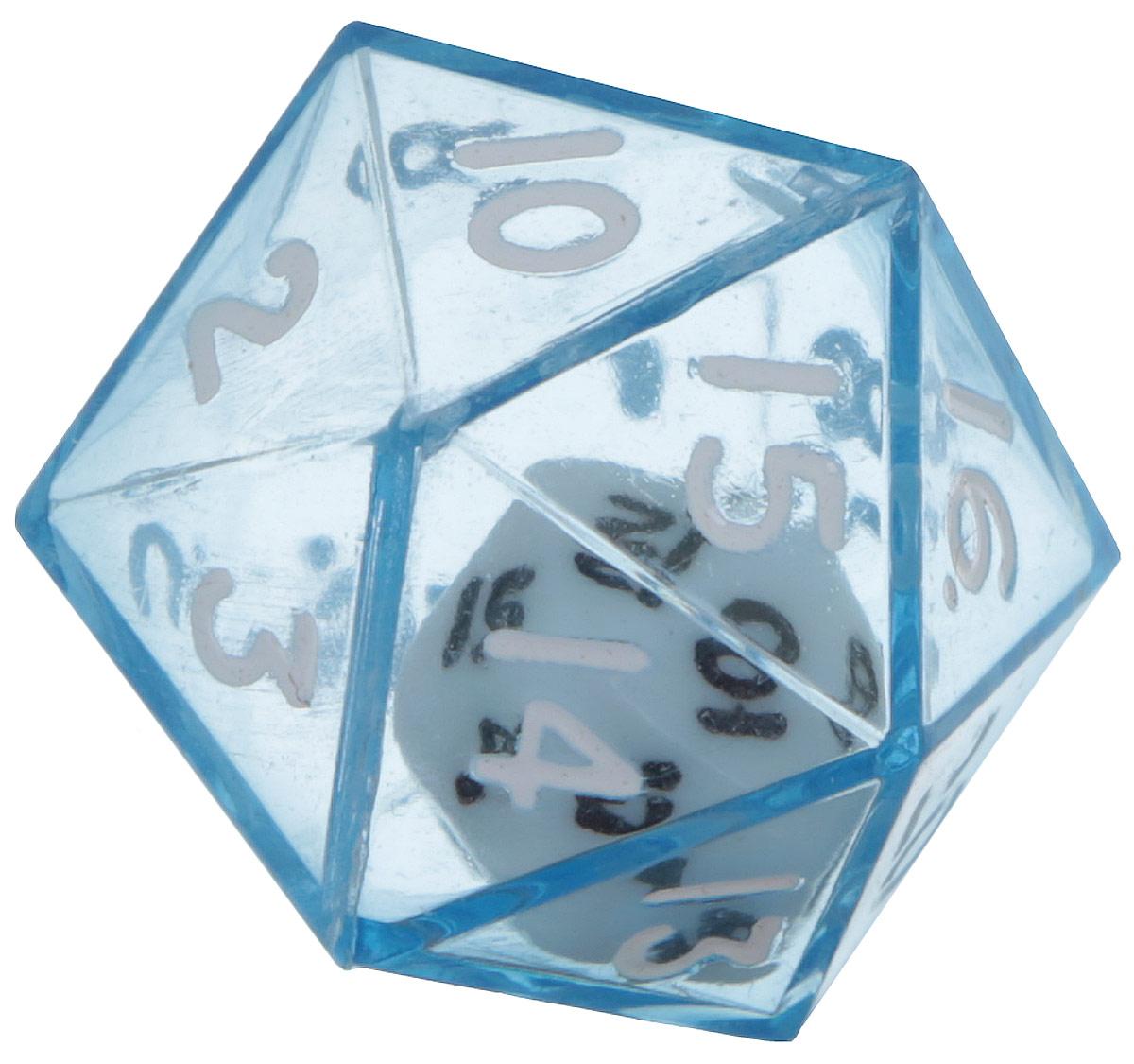 Koplow Games Кость игральная D20 в D20 цвет синий12470_синийИгральная кость D20 в D20 состоит из прозрачной кости D20 с такой же костью внутри. На каждую треугольную грань игральной кости нанесены числа числа от 1 до 20. Целью игральной кости является демонстрация случайно определенного числа, каждое из которых является равновозможным благодаря правильной геометрической форме. Игральная кость выполнены из прочного пластика. Не рекомендуется детям до 3-х лет.