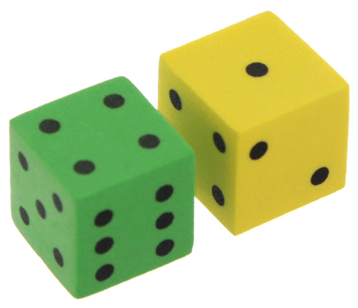 Koplow Games Набор игральных костей Шестигранный D6 цвет желтый зеленый 2 шт17268_желтый,зеленыйНабор игральных костей Шестигранный предназначен для настольных игр. Набор состоит из двух шестигранных костей, на каждую грань которых нанесены точки от 1 до 6. Целью кубика является демонстрация случайно определенного целого числа от одного до шести, каждое из которых является равновозможным благодаря правильной геометрической форме. Игральные кости выполнены из мягкого пластика. Не рекомендуется детям до 3-х лет.