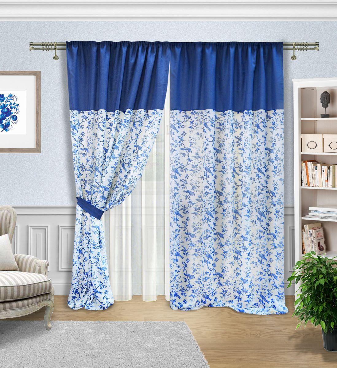 Комплект штор Zlata Korunka, на ленте, цвет: синий, белый, высота 270 см. 5557055570Комплект штор Zlata Korunka, выполненный из полиэстера, великолепно украсит любое окно. Комплект состоит из тюля, двух штор и двух подхватов. Оригинальный рисунок в виде росписи гжель и приятная цветовая гамма привлекут к себе внимание и органично впишутся в интерьер помещения. Этот комплект будет долгое время радовать вас и вашу семью! Комплект крепится на карниз при помощи ленты, которая поможет красиво и равномерно задрапировать верх. В комплект входит: Тюль: 1 шт. Размер (Ш х В): 400 х 270 см. Штора: 2 шт. Размер (Ш х В): 180 х 270 см. Подхват: 2 шт.