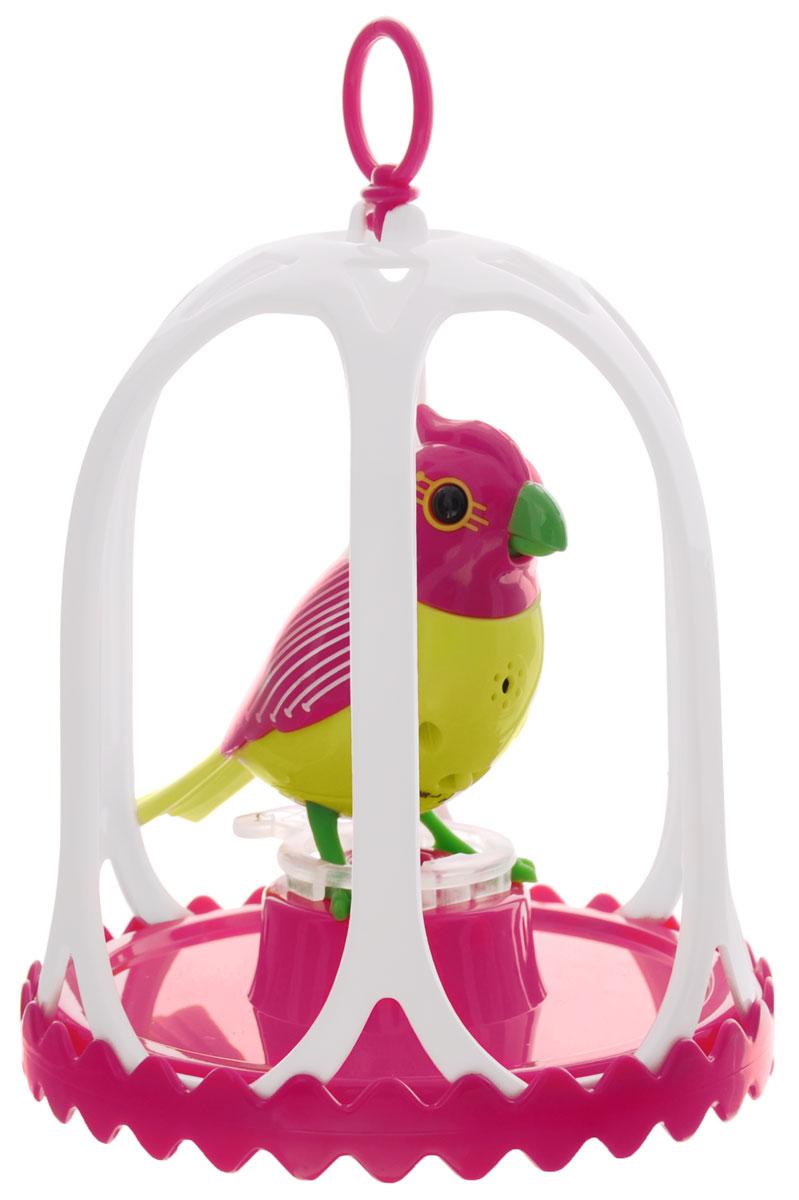 DigiBirds Интерактивная игрушка Птичка Costa в клетке88295SИнтерактивная игрушка Птичка DigiBirds Costa - это забавная интерактивная игрушка, которая займет малыша на длительное время. Эта игрушка умеет выполнять разные действия: щебетать, петь песенки, при этом двигая головой и клювом. Если подуть на грудку птички, она начнет щебетать. Если подуть в свисток, птичка станет исполнять известную песенку. Игрушка воспроизводит свыше 55 музыкальных свистов. 2 режима работы игрушки: соло и хор. При переключении в режим хора можно последовательно подсоединять птичек к главной, в результате они будут вместе исполнять песенки вслед за главной птичкой и щебетать друг с другом. Птичка сидит в изящной клетке. Несколько клеток можно подвесить одну над другой. В комплекте с птичкой также идет свисток с удобным держателем для пальцев. Игрушка развивает музыкальный слух, любовь к музыке и животным. Для работы игрушки необходимы 3 батарейки напряжением 1,5V типа AG13/LR44 (товар комплектуется демонстрационными).