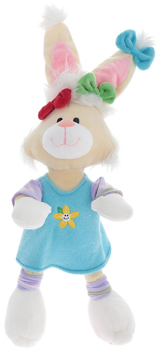 Plush Apple Мягкая игрушка Кролик в голубом платье 46 смK96160A,B,C_голубойОчаровательная и яркая мягкая игрушка Plush Apple Кролик в платье обязательно вызовет улыбку у детей и взрослых. Игрушка изготовлена из высококачественного текстильного материала в виде забавного кролика в голубом платье. Удивительно мягкая игрушка принесет радость и подарит своему обладателю мгновения нежных объятий и приятных воспоминаний. Небольшие размеры игрушки позволяют брать ее на прогулку и в гости, поэтому малышу больше не придется расставаться со своим новым другом. Специальные гранулы, используемые при ее набивке, способствуют развитию мелкой моторики рук малыша.