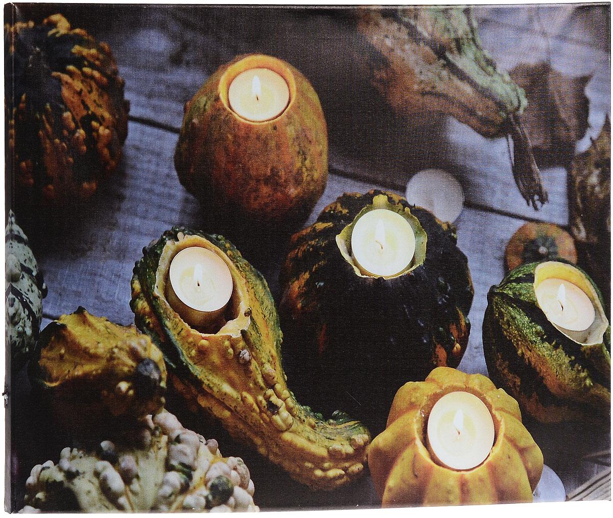 Картина MTH Свечи в тыкве, со светодиодами, 40 см х 60 смled4060-14Картина MTH Свечи в тыкве выполнена на основе из МДФ, обтянутой холстом. Изделие оснащено светодиодами. Их теплый мерцающий в темноте свет оживит ваш дом и добавит ему уюта. На картине изображены свечи в подсвечниках из тыкв. Благодаря светодиодной подсветке создается ощущение, что теплый свет, исходящий от свечей, действительно может согревать. С оборотной стороны картина оснащена специальным отверстием для подвешивания на стену. Необычная картина придаст интерьеру невероятного шарма и оригинальности. Рисунок успокаивает нервную систему, помогая расслабиться и отвлечься от повседневных забот. Подсветка работает от 2 батареек типа АА напряжением 1,5V (в комплект не входят).