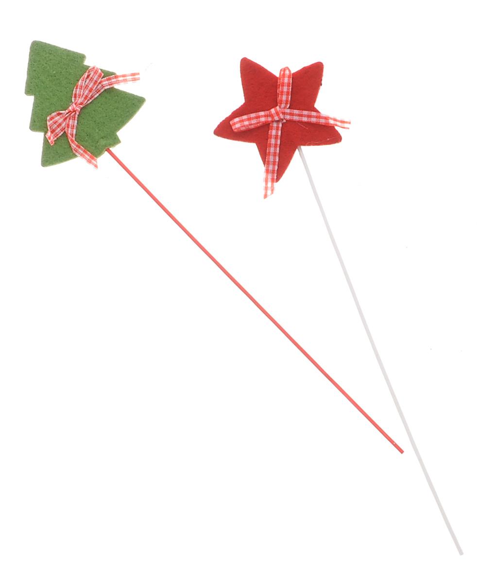Набор декоративных украшений на палочке Lunten Ranta Войлочный праздник, цвет: зеленый, красный, длина 28 см, 2 шт67742_красный, зеленыйНабор декоративных украшений на палочке Lunten Ranta Войлочный праздник состоит из двух фигурок: елки и звезды. Изделия прекрасно оформят интерьер и рабочий стол не только дома, но и в офисе. Фигурки, выполненные из цветного фетра, декорированы текстильными бантиками и расположены на деревянной ножке. Создайте в своем доме атмосферу веселья и радости, украшая его всей семьей новогодними украшениями, которые будут из года в год накапливать теплоту воспоминаний. Размер звезды: 7 см х 7 см. Размер елки: 7 см х 6,5 см.