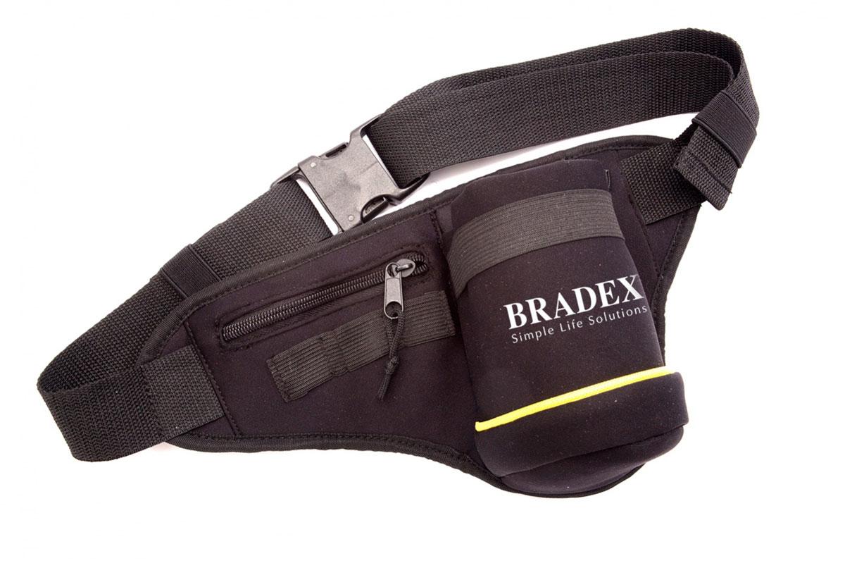 Сумка поясная для бега Bradex, цвет: черный, желтый, белый. SF 0086SF 0086Стильная сумка на пояс Bradex выполнена из неопрена, оформлена символикой бренда. Сумка фиксируется на поясе с помощью застежки-пряжки. Длина поясного ремня регулируется. Сумка поясная для бега Bradex - это прекрасное решение для бегунов, которым необходим удобный способ переноски небольшого количества воды. Сумка оснащена удобным карманом для мелочей, таких как ключи или деньги, а так же специальным креплением для энергетических гелей. Сумка поясная для бега Bradex станет настоящей находкой как для любителей, так и для профессиональных спортсменов.