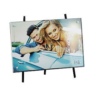 Фоторамка Image Art 6013-46011-8/CФоторамка Image Art - прекрасный способ красиво оформить фотографию. Фоторамка поможет сохранить на память самые яркие моменты вашей жизни, а стильный дизайн сделает ее прекрасным дополнением интерьера комнаты.