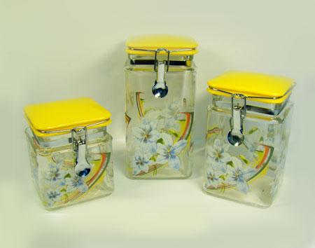 2359 Набор банок д/сып/прод LR 3пр квад.с клип(х4)2359Набор банок для сыпучих Материал:стекло Банки с клипсой Размер:9,5х9,5х20см 9,5х9,5х15,5см 9,5х9,5х12см Размер упаковки:20,5х13,5х29см
