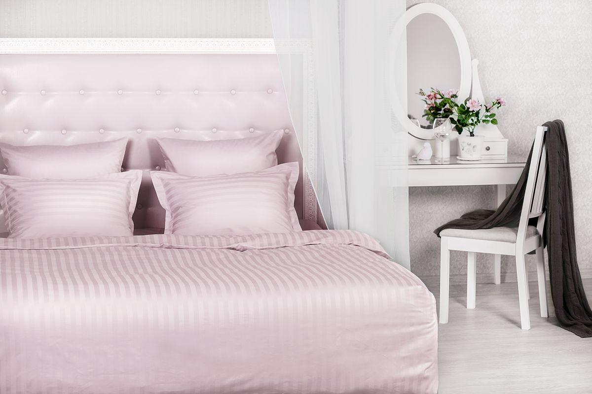 Комплект постельного белья Нежная роза (розовый) сатин, 205ТС, 100% хлопок, 2х00000004543Концепция удобства 1. Экономия времени и сил. Благодаря наличию в верхней части пододеяльника специальных клапанов для рук заправить одеяло можно в 3 раза быстрее. 2. Удобство использования и экономия. Наволочка-трансформер: благодаря особой модели пошива и наличию специальных декоративных кнопок наволочка размером 70х70 см с легкостью трансформируется в наволочку 50х70 см- больше не нужно переплачивать за неиспользуемые размеры наволочек. Плотность плетения ткани: 130 +- 5 гр/м2