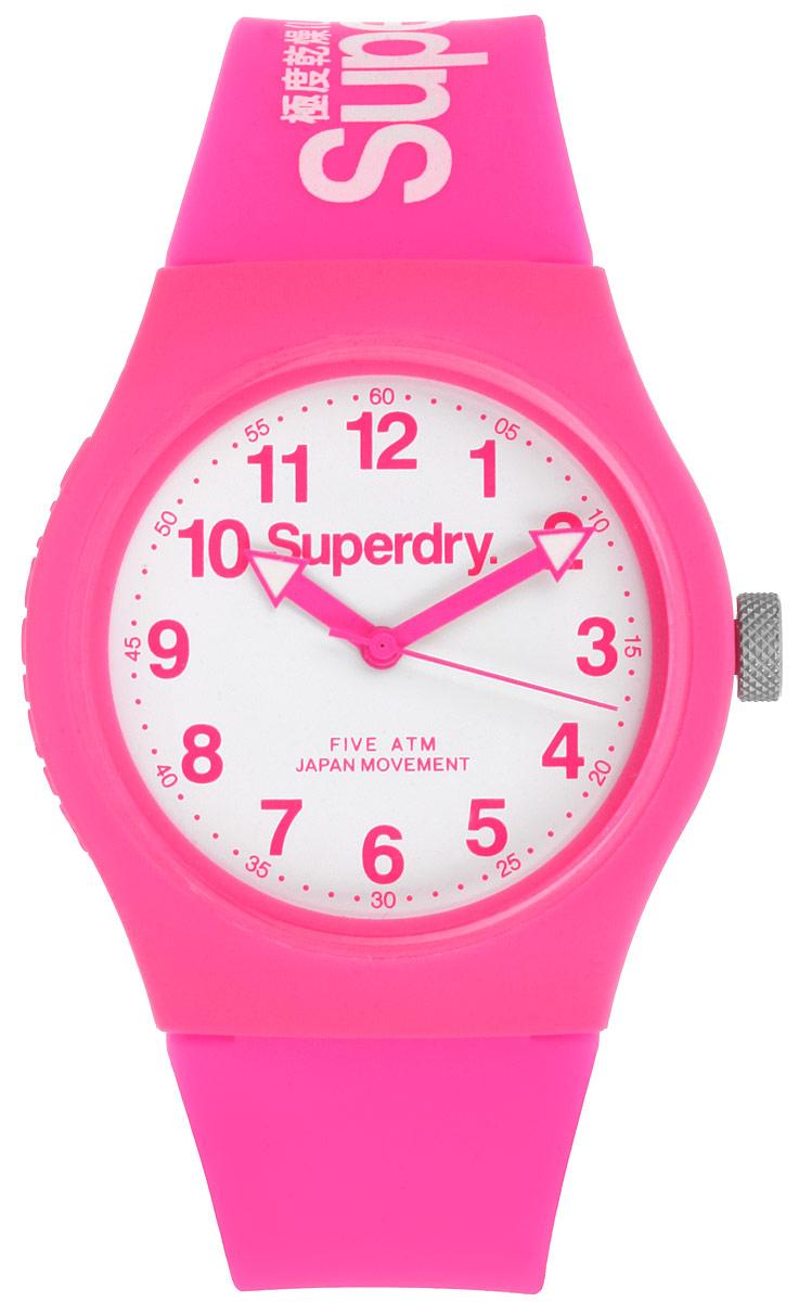 Часы женские наручные Superdry, цвет: розовый. SYG164SYG164PWОригинальные женские часы Superdry выполнены из нержавеющей стали, каучука и минерального стекла. Изделие дополнено символикой бренда. Корпус часов выполнен из нержавеющей стали и каучука, дополнен минеральным стеклом и имеет степень влагозащиты равную 5 atm. Оригинальный браслет выполнен из каучука и дополнен практичной пряжкой, которая позволит с легкостью снимать и надевать изделие. Часы поставляются в фирменной упаковке. Часы Superdry подчеркнут изящность женской руки и отменное чувство стиля у их обладательницы.