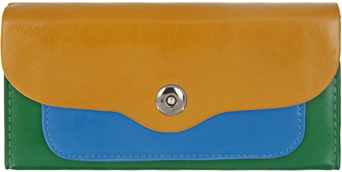 Кошелек женский Mitya Veselkov, цвет: горчичный, зеленый, голубой. K-3CGREK-3CGREСтильный женский кошелек Mitya Veselkov выполнен из мягкой искусственной кожи и исполнен в трех цветах. Изделие закрывается клапаном на кнопку-магнит. Внутри - 2 отделения для купюр, отделение для мелочи на застежке-молнии, 4 прорезных кармашка для пластиковых карт и визиток, 3 потайных кармана для документов и мелких бумаг (один из них с прозрачным окошком). Под клапаном расположен потайной карман для различных бумаг и документов. Элегантный кошелек подчеркнет вашу индивидуальность и изысканный вкус, а также станет замечательным подарком человеку, ценящему качественные и практичные вещи.