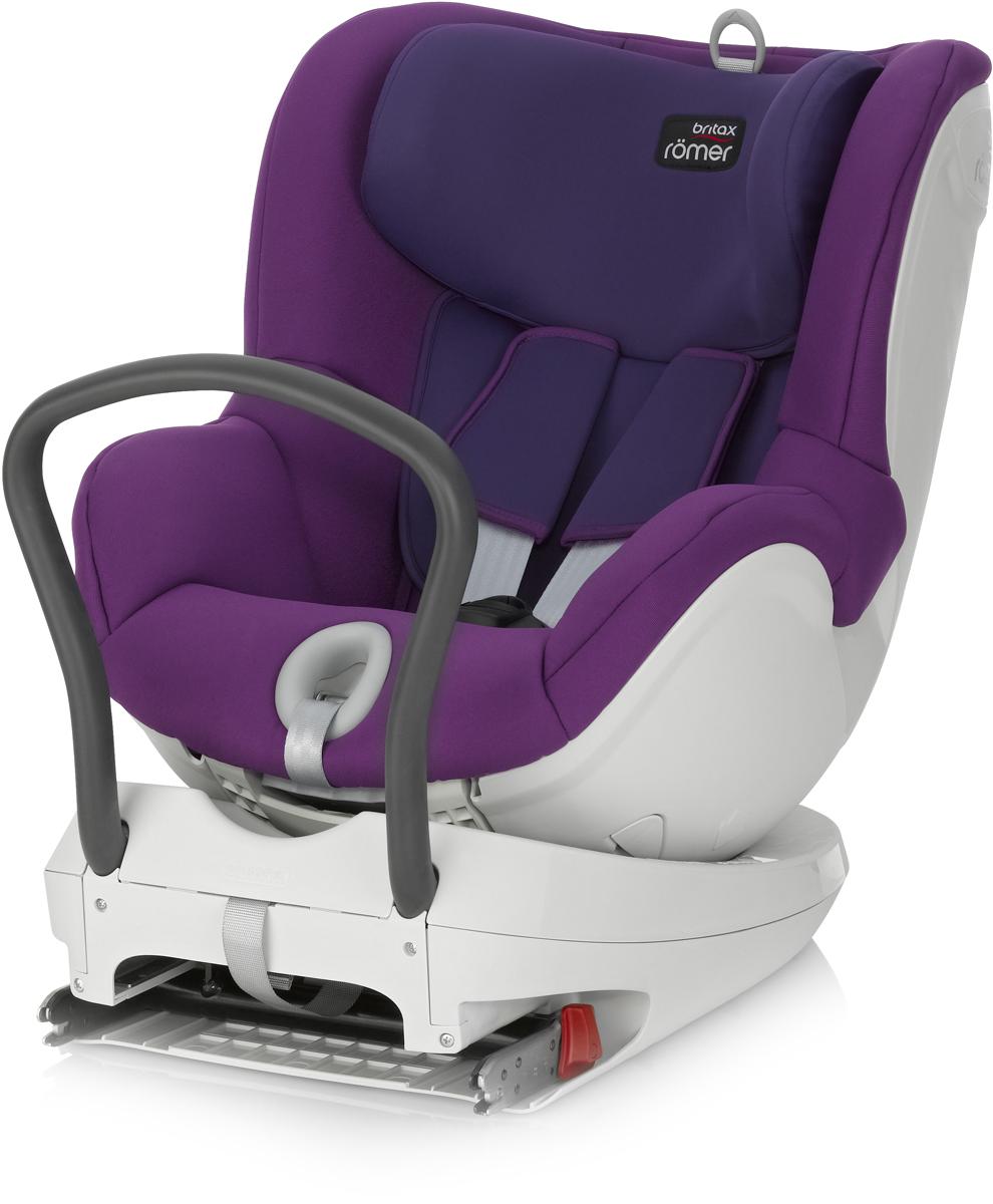 Romer Автокресло Dualfix Mineral Purple до 18 кг2000022823Благодаря повороту кресла DUALFIX на 360° вы можете легко разместить своего ребенка в сиденье и устанавливать кресло как по ходу движения, так и против движения автомобиля. Первоначально кресло используется в положение лицом против направления движения при весе ребенка до 9 кг, затем вы можете или оставить ребенка лицом против направления движения или повернуть его лицом по направлению движения. Благодаря такой гибкости кресло подходит для новорожденных и для детей старшего возраста. Кресло оснащено всеми устройствами обеспечения безопасности, которые вы привыкли видеть у BRITAX&ROMER, например, креплением ISOFIX и 5-точечным ремнем безопасности. Неважно, сколько лет вашему ребенку и какой его рост - вы можете быть уверены, что он будет в безопасности. Отличительные особенности: Система ремней безопасности с пятиточечным креплением, регулируемая однократным натяжением, равномерно распределяет силу удара, также позволяет отрегулировать ремни по размеру вашего ребенка и защищает...
