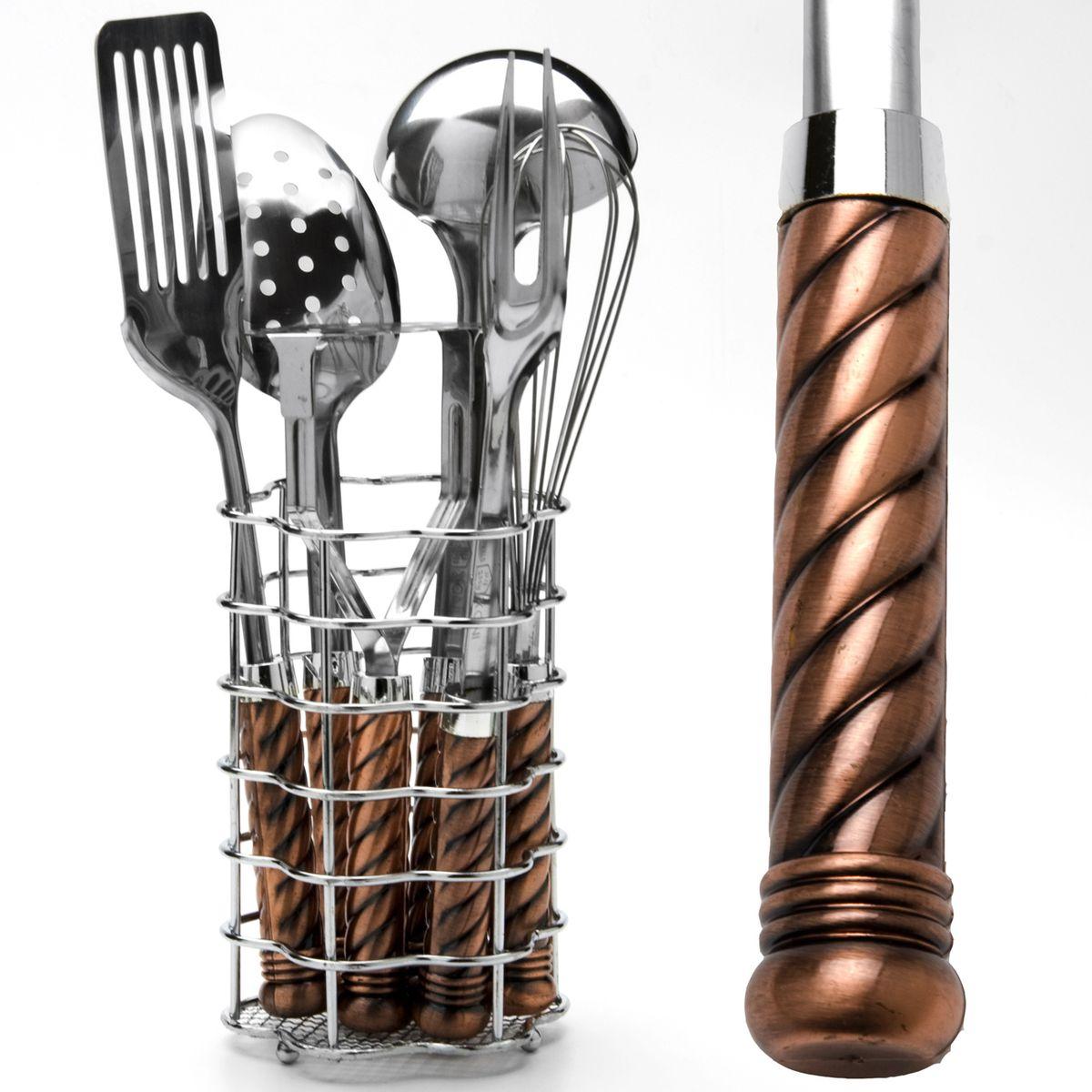 Набор кухонных принадлежностей Mayer & Boch, 7 предметов. 36753675Набор кухонных принадлежностей Mayer & Boch состоит из венчика, вилки кулинарной, половника, шумовки, лопатки кулинарной, пресса для картофеля и металлической подставки. Предметы набора выполнены из высококачественной нержавеющей стали 18/10 и оснащены эргономичными пластиковыми ручками. Эксклюзивный дизайн, эстетичность и функциональность набора Mayer & Boch позволят ему занять достойное место среди кухонного инвентаря. Длина венчика: 28,5 см. Длина вилки: 31,5 см. Длина половника: 31 см. Длина шумовки: 31 см. Длина лопатки: 32 см. Длина пресса для картофеля: 22,5 см. Размер подставки: 11,5 х 11,5 х 17,5 см.