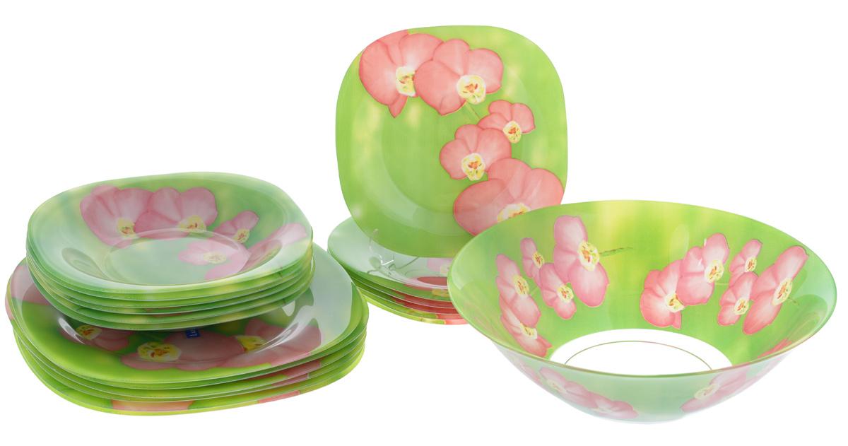 Набор столовой посуды Luminarc Carina Erine, 19 предметовJ7797Набор Luminarc Carina Erine состоит из 6 суповых тарелок, 6 обеденных тарелок, 6 десертных тарелок и салатника. Изделия выполнены из ударопрочного стекла, имеют яркий дизайн и изящный цветочный рисунок. Посуда отличается прочностью, гигиеничностью и долгим сроком службы, она устойчива к появлению царапин и резким перепадам температур. Такой набор прекрасно подойдет как для повседневного использования, так и для праздников. Набор столовой посуды Luminarc Carina Erine - это не только яркий и полезный подарок для родных и близких, а также великолепное дизайнерское решение для вашей кухни или столовой. Можно мыть в посудомоечной машине и использовать в микроволновой печи. Размер суповой тарелки (по верхнему краю): 20,6 см х 20,6 см. Высота суповой тарелки: 3,3 см. Размер обеденной тарелки (по верхнему краю): 26 см х 26 см. Высота обеденной тарелки: 1,6 см. Размер десертной тарелки (по верхнему краю): 18 см х 18...