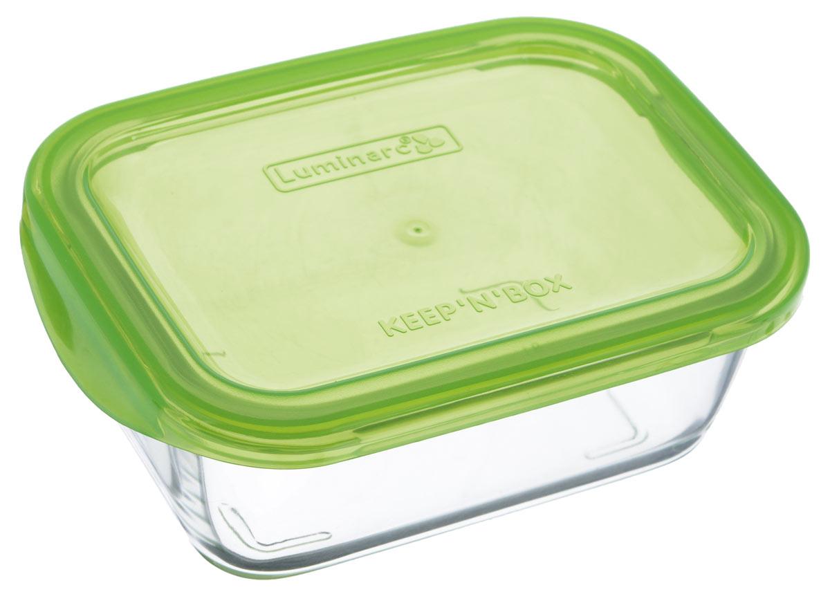 Контейнер Luminarc KeepnBox, цвет: прозрачный, зеленый, 370 млG8402Прямоугольный контейнер Luminarc KeepnBox изготовлен из жаропрочного закаленного стекла и предназначен для хранения любых пищевых продуктов. Благодаря особым технологиям изготовления, лотки в течение времени службы не меняют цвет и не пропитываются запахами. Пластиковая крышка герметично защелкивается специальным механизмом. Контейнер Luminarc KeepnBox удобен для ежедневного использования в быту. Можно мыть в посудомоечной машине и использовать в СВЧ. Размер контейнера (с учетом крышки): 14 см х 10,5 см х 6 см.
