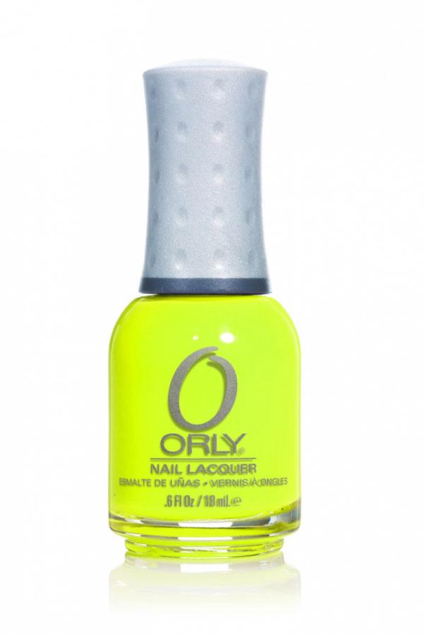 Orly Лак для ногтей Feel The Vibe, тон: № 765 Glowstick, 18 мл20765Элегантные, манящие, изысканные, чарующие - именно такие цвета составляют базовую коллекцию лаков для ногтей Orly. Широкий спектр тонов разнообразных оттенков позволяет удовлетворить самые изысканные вкусы и менять цвет ногтей хоть два раза в день. Вы можете выбрать какой угодно вариант гардероба - палитра лаков Orly позволит подобрать оттенок на любой случай и для любого настроения. Плюс ко всему приятно осознавать, что ваши ногти покрыты лаком фирмы, пользующейся репутацией одной из лучших среди специалистов ногтевого сервиса и на протяжении тридцати лет занимающейся разработкой и производством средств по уходу за натуральными ногтями. При этом останавливаться на достигнутом в Orly не собираются. Шесть изумительно-ярких цветов коллекции Feel The Vibe, созданной специально для солнечного сезона, станут отличным дополнением к необычного образу. Способ применения : нанести 1-2 слоя лака поверх базового покрытия. Завершить маникюр с помощью верхнего покрытия...