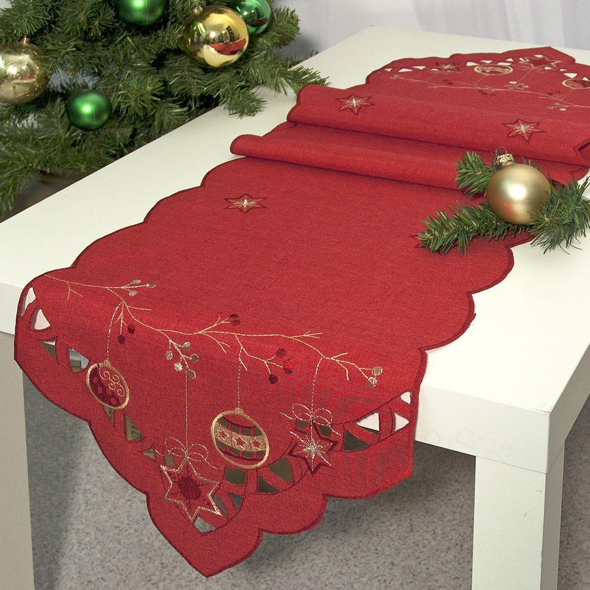 Дорожка для декорирования стола Schaefer, цвет: красный, бежевый, 35 х 170 см. 07393-34107393-341Дорожка Schaefer, выполненная из 100% полиэстера, станет изысканным украшением интерьера. Такую дорожку можно использовать для украшения комодов, тумб и столов. За текстилем из полиэстера очень легко ухаживать: он легко стирается, не мнется, не садится и быстро сохнет, более долговечен, чем текстиль из натуральных волокон. Дорожка Schaefer изящно дополнит интерьер вашего дома. Размер дорожки: 35 х 170 см.