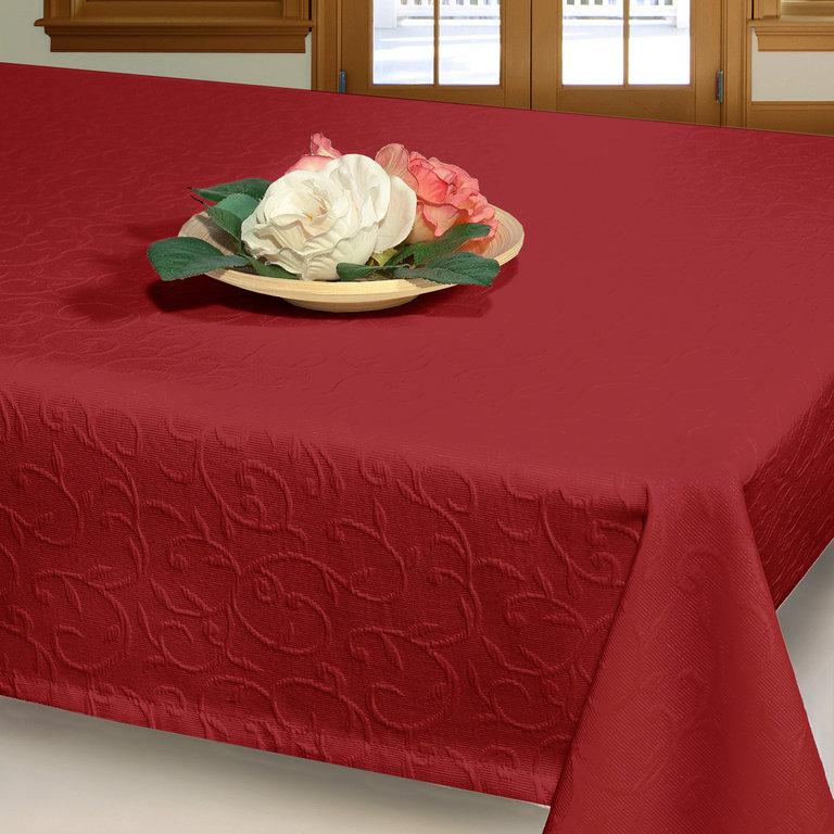 Скатерть Schaefer, прямоугольная, цвет: бордовый, 150 х 250 см 07419-45107419-451Прямоугольная скатерть Schaefer, выполненная из поликоттона (50% хлопок, 50% полиэстер) с рельефным узором, станет изысканным украшением стола. Использование такой скатерти сделает застолье торжественным, поднимет настроение гостей и приятно удивит их вашим изысканным вкусом. Также вы можете использовать эту скатерть для повседневной трапезы, превратив каждый прием пищи в волшебный праздник и веселье. Это текстильное изделие станет изысканным украшением вашего дома!