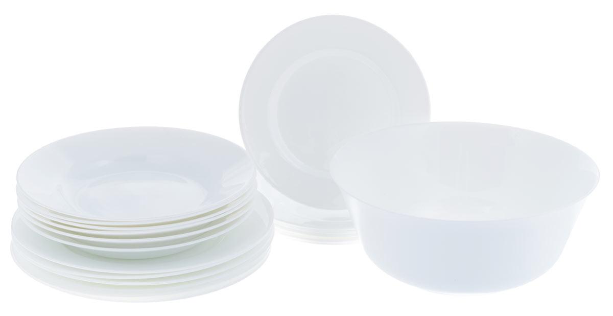 Набор столовой посуды Luminarc Everyday, цвет: белый, 19 предметовG0567Набор Luminarc Everyday состоит из 6 суповых тарелок, 6 обеденных тарелок, 6 десертных тарелок и салатника. Изделия выполнены из ударопрочного стекла, имеют яркий дизайн и классическую круглую форму. Посуда отличается прочностью, гигиеничностью и долгим сроком службы, она устойчива к появлению царапин и резким перепадам температур. Такой набор прекрасно подойдет как для повседневного использования, так и для праздников. Набор столовой посуды Luminarc Everyday - это не только яркий и полезный подарок для родных и близких, а также великолепное дизайнерское решение для вашей кухни или столовой. Можно мыть в посудомоечной машине и использовать в микроволновой печи. Диаметр суповой тарелки (по верхнему краю): 22 см. Высота суповой тарелки: 3,3 см. Диаметр обеденной тарелки (по верхнему краю): 24 см. Высота обеденной тарелки: 2,2 см. Диаметр десертной тарелки (по верхнему краю): 19 см. Высота десертной тарелки:...