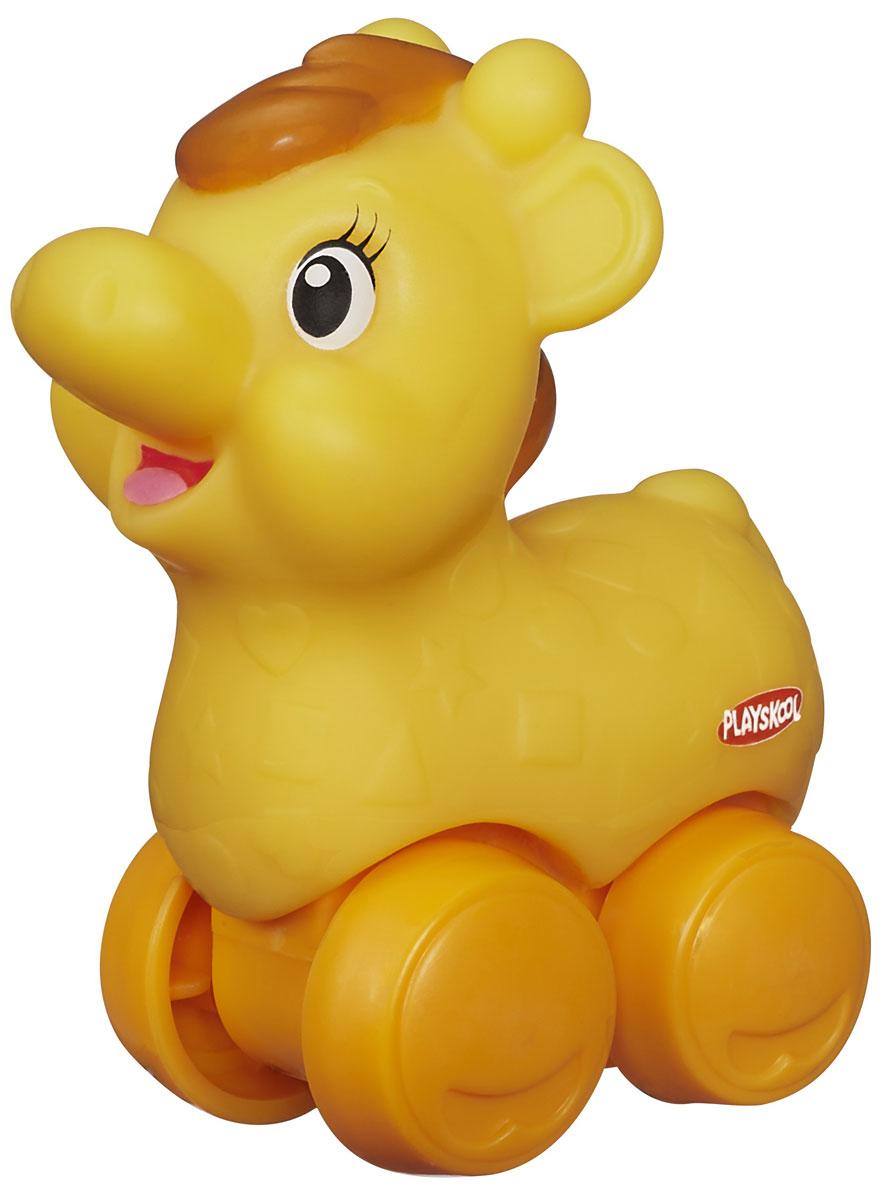 Playskool Машинка-игрушка Веселые мини-животные ЖирафA7391_жирафМашинка-игрушка Playskool Веселые мини-животные Жираф обязательно понравится вашему ребенку и надолго увлечет его. Игрушка выполнена из безопасного пластика в виде забавного жирафа с колесиками. Колесики игрушки вращаются, и малыш сможет играть с ней как с машинкой. Небольшой размер игрушки позволит играть с ней даже самым маленьким детям. Игры с этой забавной игрушкой развивают концентрацию внимания, координацию движений, мелкую и крупную моторику, цветовое восприятие и воображение. Малыш будет часами играть с веселым жирафиком, придумывая разные истории. Порадуйте своего ребенка таким замечательным подарком!