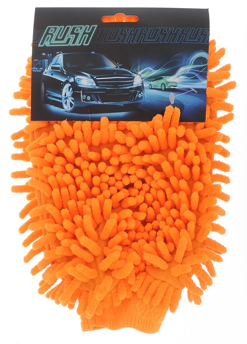 Рукавица для уборки салона автомобиля Eva, цвет: оранжевый, 26 х 19 смТ04_оранжевыйДвусторонняя рукавица Eva, изготовленная из микрофибры (полиэстера, полиамида), легко удаляет пыль, деликатно моет поверхности, мягко удаляет сильные загрязнения. Применяется как в сухом, так и во влажном виде. Рукавица удобно держится на руке и великолепно впитывает воду. Идеально подходит для уборки в салоне автомобиля.