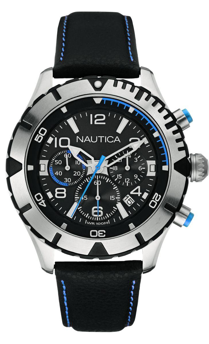 Часы наручные мужские Nautica, цвет: серебристый, черный, синий. NAI20503GNAI20503GСтильные мужские часы Nautica, выполнены из нержавеющей стали, натуральной кожи и минерального стекла. Циферблат часов дополнен символикой бренда. Часы оснащены кварцевым механизмом, имеют степень влагозащиты равную 10 atm, а также дополнены: устойчивым к царапинам минеральным стеклом, хронографом, индикатором даты, секундомером, дополнительным 24-часовым циферблатом. Стрелки и циферблат дополнены светящимся составом. Ремешок часов оснащен классической пряжкой, которая позволит с легкостью снимать и надевать изделие. Часы поставляются в фирменной упаковке. Часы Nautica подчеркнут отменное чувство стиля своего обладателя.