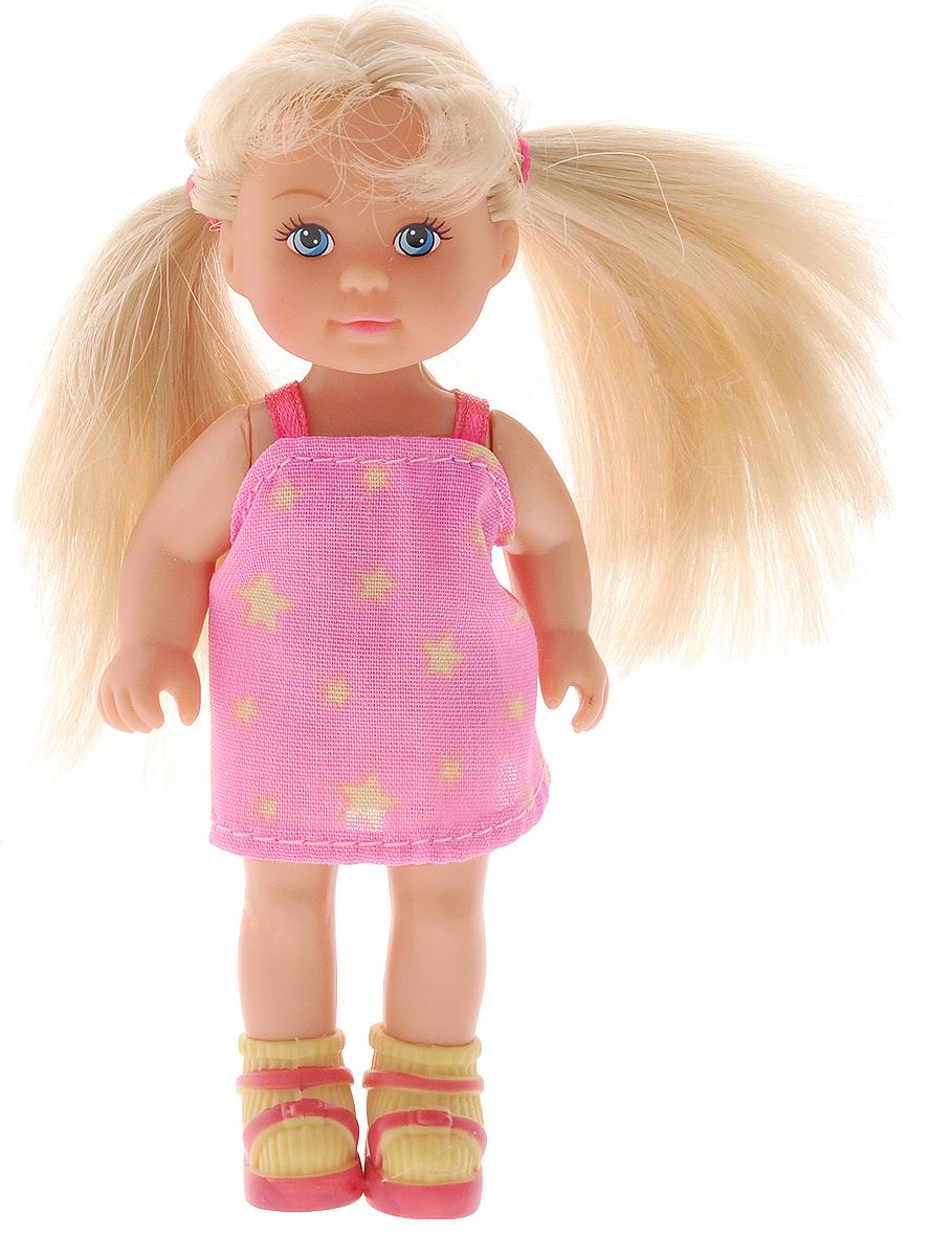 Simba Мини-кукла Еви в чемоданчике цвет платья розовый5733134_розовое платье со звездамиКукла Simba Еви в чемоданчике порадует любую девочку и надолго увлечет ее. Набор включает в себя куклу и прозрачный пластиковый чемоданчик, который одновременно является и упаковкой. Чемоданчик имеет выдвижную ручку, колеса вращаются. Малышка Еви одета в стильное платье розового цвета со звездами. На ногах у нее - яркие летние босоножки и носочки. Вашей дочурке непременно понравится заплетать длинные белокурые волосы куклы, придумывая разнообразные прически. Руки, ноги и голова куклы подвижны, благодаря чему ей можно придавать разнообразные позы. Игры с куклой способствуют эмоциональному развитию, помогают формировать воображение и художественный вкус, а также разовьют в вашей малышке чувство ответственности и заботы. Великолепное качество исполнения делают эту куколку чудесным подарком к любому празднику.