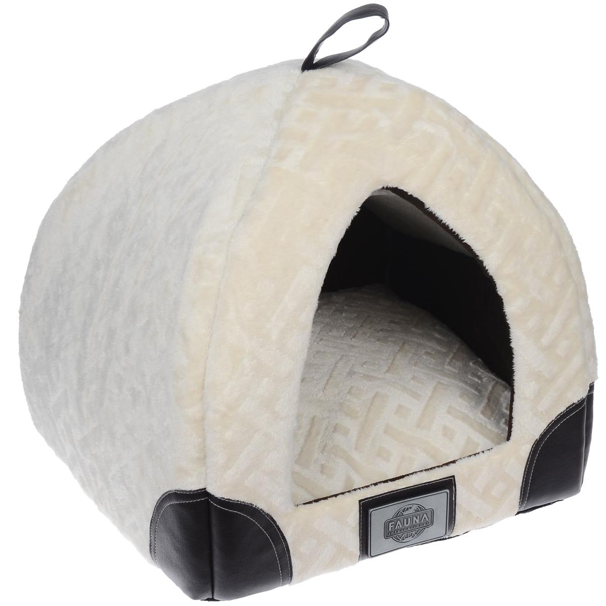 Домик для кошки Fauna Regina igloo, цвет: бежевый, коричневый, 35 см х 35 см х 40 смFIDB-7001Домик для кошки Fauna Regina igloo обязательно понравится вашему питомцу. Изделие выполнено из фактурного плюша, внутри отделано флисом. Домик украшен накладками из кожи и металлическим декором. Ваш любимец сразу же захочет забраться внутрь, там он сможет отдохнуть и спрятаться. Компактные размеры позволят поместить домик, где угодно, а приятная цветовая гамма сделает его оригинальным дополнением к любому интерьеру. Внутренняя высота домика: 38 см. Толщина подушки: 13 см. Толщина стенки: 2 см.