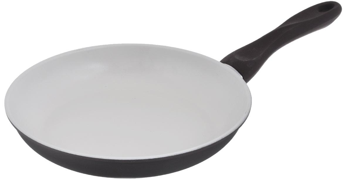 Сковорода Mayer & Boch, с керамическим покрытием, цвет: коричневый, молочный. Диаметр 26 см22229_коричневыйСковорода Mayer & Boch изготовлена из углеродистой стали с высококачественным керамическим покрытием. Керамика не содержит вредных примесей ПФОК, что способствует здоровому и экологичному приготовлению пищи. Кроме того, с таким покрытием пища не пригорает и не прилипает к стенкам, поэтому можно готовить с минимальным добавлением масла и жиров. Гладкая, идеально ровная поверхность сковороды легко чистится, ее можно мыть в воде руками или вытирать полотенцем. Эргономичная ручка специального дизайна выполнена из бакелита с силиконовым покрытием. Сковорода подходит для использования на газовых и электрических плитах. Можно мыть в посудомоечной машине. Диаметр по верхнему краю: 26 см. Высота стенки: 4,5 см. Толщина стенки: 1,2 мм. Толщина дна: 2 мм. Длина ручки: 19 см.