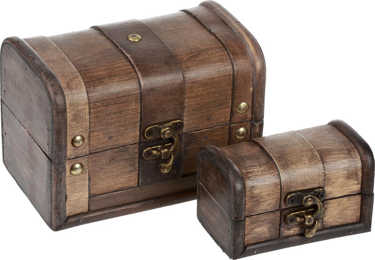 Набор шкатулок для хранения вещей, 2 шт. EH-A581EH-A581Набор включает две шкатулки разных размеров, предназначенных для хранения различных аксессуаров, бытовых мелочей, принадлежностей для рукоделия, бижутерии и многого другого. Шкатулки выполнены из дерева. Изделия закрываются на замок-задвижку. Такой набор шкатулок стильно дополнит интерьер помещения, добавив немного классики и старины. Прекрасное дизайнерское решение и отличный подарок любителям необычных оригинальных вещей. Размер большой шкатулки: 15 см х 9 см х 10,5 см. Размер малой шкатулки: 10 см х 6 см х 6 см.