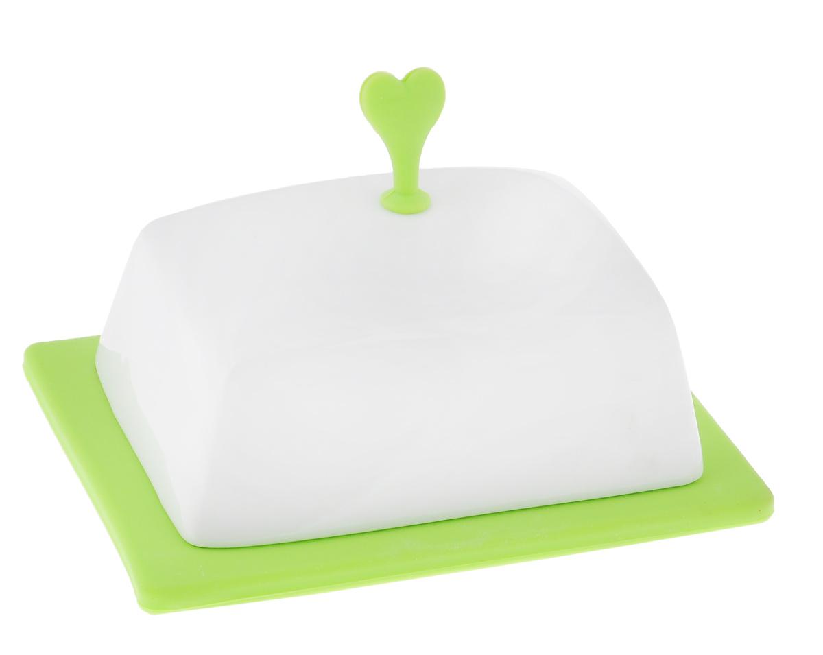 Масленка Bohmann, цвет: белый, салатовый2021BHМасленка Bohmann, выполненная из высококачественной фарфора, предназначена для красивой сервировки и хранения масла. Она состоит из подноса и крышки с силиконовой ручкой. Благодаря специальным выемкам крышка плотно устанавливается на поднос. С масленкой Bohmann ваше масло всегда будет свежим. Размер подноса: 15,5 см х 12 см х 1,5 см. Размер крышки: 13 см х 10 см х 9,5 см.