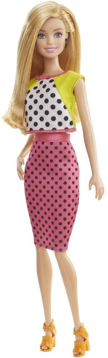 Barbie Кукла Fashionistas цвет платья розовый салатовыйDGY54_DGY62Очаровательная куколка Barbie Fashionistas порадует вашу малышку и доставит ей много удовольствия от часов, посвященных игре с ней. Кукла с длинными светлыми волосами, одета в стильное платье в горошек, на ногах куколки - оригинальные оранжевые босоножки на каблуках. Куклы Barbie Fashionistas - это множество образов и море удовольствия! Стань модельером и подбирай новые дизайнерские решения! У кукол разный цвет волос, глаз и кожи, разные прически, разная форма лица. Им подходит любой стиль: спортивные маечки и современная высокая мода, популярные платья в горошек и блузки с принтами, богемный шик и рокерские наряды, босоножки на каблуках, балетки, кроссовки, милые ботиночки. Барби любят украшения: бусы, очки, сережки. Они могут носить челки и проборы, кудряшки и прямые волнистые волосы, быть брюнетками, блондинками и рыжими, краситься в абсолютно черный и в современный пурпурный. Собери их всех!