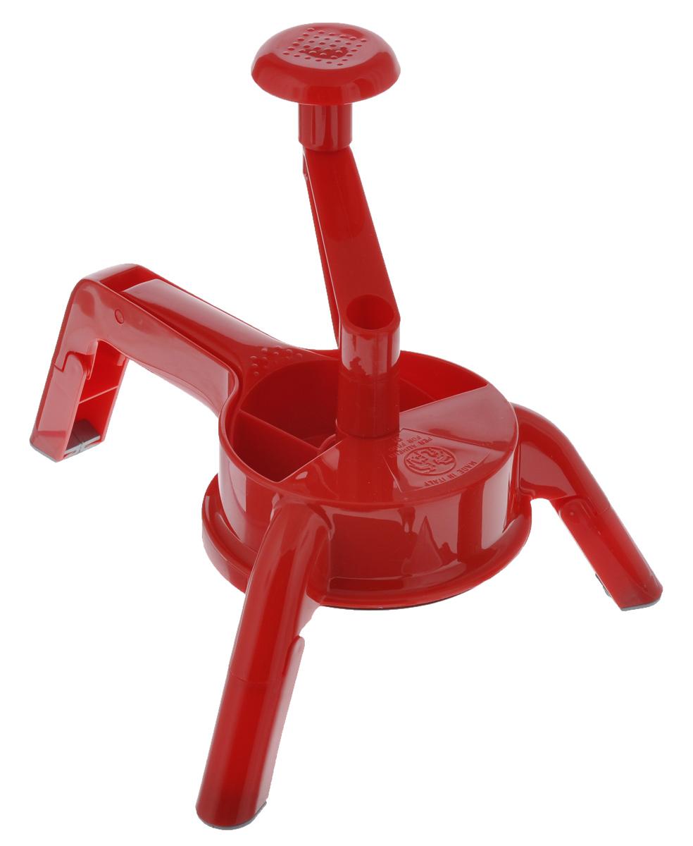 Терка Rigamonti Мисс Гратер, цвет: красный, 3 предмета4329_красныйТерка Rigamonti Мисс Гратер, выполненная из прочного пластика, станет незаменимым помощником на вашей кухне и понравится любой хозяйке. В комплект входят две насадки из особо прочной нержавеющей стали: - двусторонний диск - терка. В зависимости от выбранной стороны можно натереть любые овощи или фрукты крупнее или мельче. Прекрасный вариант моркови по-корейски. На данном диске допускаются небольшие трещинки на зубцах - это добавляет терке остроту, не является браком. - двусторонний диск-шинковка. С одной стороны получаем нарезку ровными пластиками, с другой - волнообразными пластиками. Механизм терки очень просто собирается и разбирается. Не занимает много места при хранении, так как ножки складываются. Легко моется, абсолютно безопасен, так как толкатель, являющийся неотъемлемой частью терки, полностью изолирует руки от дисков. Размер терки (с учетом ручки): 31 см х 26 см х 23 см. Диаметр диска-насадки: 13 см.
