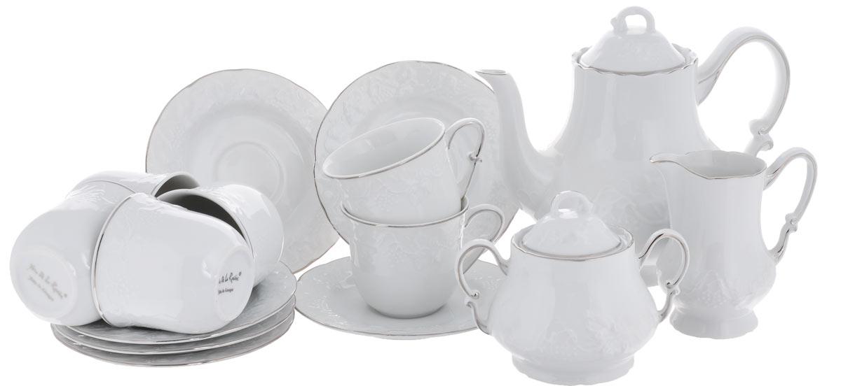 Сервиз чайный Yves De La Rosiere Vendanges, цвет: белый, платиновый, 15 предметов6 995 090 019Сервиз чайный Yves De La Rosiere Vendanges состоит из 6 чашек, 6 блюдец, заварочного чайника, молочника и сахарницы, изготовленных из фарфора. Изящный дизайн придется по вкусу и ценителям классики, и тем, кто предпочитает утонченность и изысканность. Он настроит на позитивный лад и подарит хорошее настроение с самого утра. Сервиз чайный - идеальный и необходимый подарок для вашего дома и для ваших друзей в праздники, юбилеи и торжества! Он также станет отличным корпоративным подарком и украшением любой кухни. Количество чашек: 6 шт. Диаметр чашек по верхнему краю: 8 см. Высота чашек: 7,1 см. Объем чашек: 200 мл. Количество блюдец: 6 шт. Диаметр блюдец: 15 см. Высота блюдец: 1,5 см. Высота сахарницы (без учета крышки): 8 см. Диаметр сахарницы по верхнему краю: 7 см. Объем сахарницы: 300 мл. Высота чайника (без учета крышки): 15,5 см. Диаметр чайника по верхнему краю: 8,2 см. Объем...