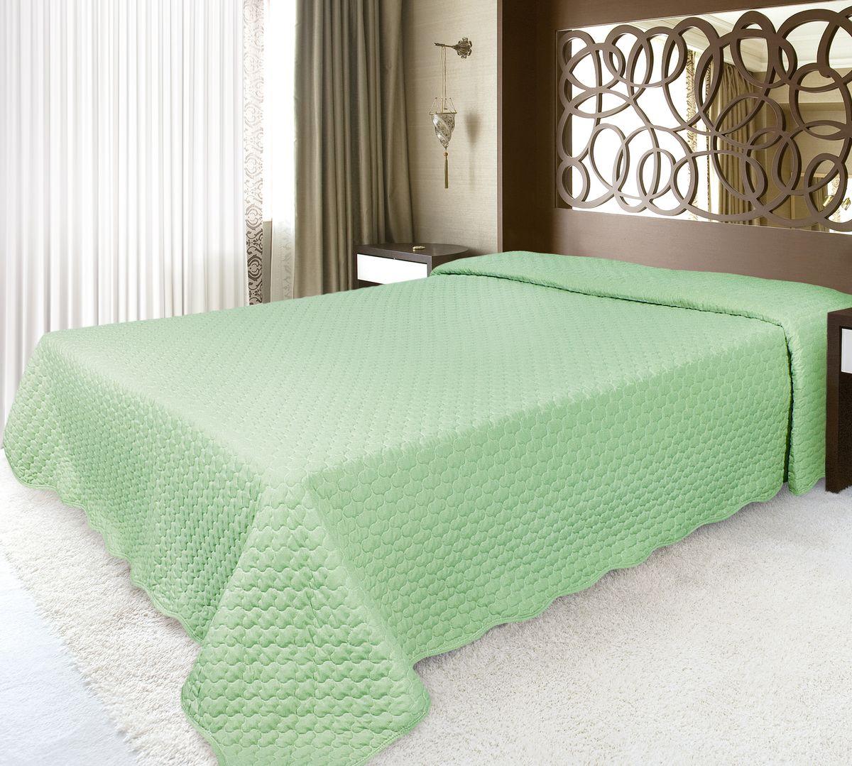 Покрывало Волшебная ночь 220 х 240 см, зеленый192867Волшебная ночь ПОКРЫВАЛО 220/240,ткань верха - МИКРОФИБРА, полиэстер 100%, наполнитель - полиэстер 100%, Зеленый Покрывала Волшебная ночь из микрофибры - подходят для любого интерьера, выполнены в приятных пастельных тонах, не мнутся, отлично драпируются и держат форму, не электризуются, обладают мягкой и бархатистой фактурой