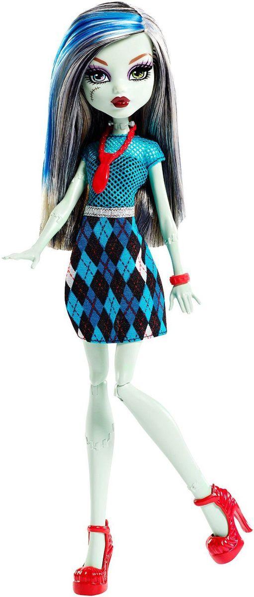 Monster High Кукла Френки ШтейнDKY17_DKY20Давно полюбившиеся нам ученицы Школы монстров не боятся быть чудовищами! Они модно приоделись и готовы к занятиям в своей жуткой школе - и к леденящим кровь приключениям за ее пределами. Одна из них - Френки Штейн. Кукла Monster High Френки Штейн одета в яркое синее платье с серебристым поясом и красным галстуком. На ногах элегантные красные туфли. Шикарные волосы куклы можно расчесывать. Вашему ребенку понравится воссоздавать сцены или разыгрывать с куклами сюжеты собственных историй. Руки и ноги куклы шарнирные, это позволяет придать разнообразные позы. Порадуйте поклонницу Монстер Хай удивительной новинкой в мире Школы Монстров, подарив ей эту замечательную куколку.
