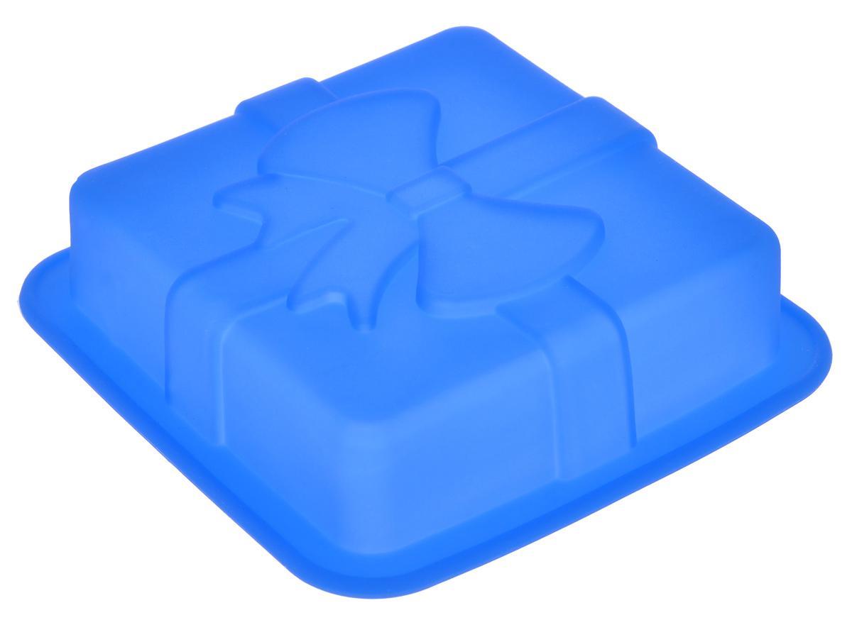 Форма для выпечки Mayer & Boch, силиконовая, квадратная, цвет: синий, 12 см х 12 см х 3 см22078_синийФорма для выпечки Mayer & Boch изготовлена из высококачественного силикона. Стенки формы легко гнутся, имеют антипригарные свойства, что позволяет легко достать готовую выпечку и сохранить аккуратный внешний вид блюда. Можно использовать в духовом шкафу при температуре до 230° С. Внутренний размер формы: 9,5 см х 9,5 х 2,5 см.