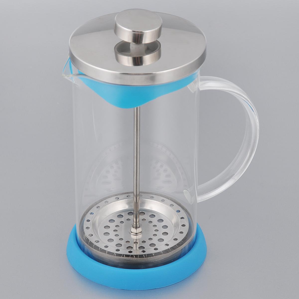 Френч-пресс Apollo Olimpique, цвет: бирюзовый, 600 млOLM-600_бирюзовыйФренч-пресс Apollo Olimpique выполнен из нержавеющей стали и предназначен для заваривания чая, кофе или травяных напитков. Корпус изготовлен из высококачественного жаропрочного стекла, устойчивого к окрашиванию, царапинам и термошоку. Френч-пресс имеет металлический сетчатый фильтр с загнутыми краями, который обеспечивает высокое качество фильтрации напитка. Ручка из пищевого пластика не нагревается и безопасна в использовании. Яркая подставка из силикона препятствует скольжению чайника. Эстетичный и функциональный чайник будет оригинально смотреться в любом интерьере. Нельзя мыть в посудомоечной машине. Высота (с учетом крышки): 18 см. Диаметр колбы по верхнему краю: 9 см. Высота стенки колбы: 15,5 см. Объем: 600 мл.