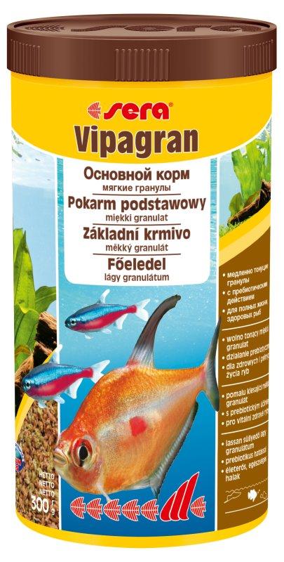 Sera Vipagran Корм для декоративных рыб, тонущие гранулы 1000мл15973Основной мягкогранулированный корм. sera випагран – идеальный гранулированный корм для рыб, которые предпочитают кормиться в средних слоях воды в аквариумах со смешанным сообществом. Сбалансированная смесь из более 40 видов растительного и животного сырья гарантирует здоровое питание в соответствии с естественными потребностями. Медленно погружающиеся гранулы быстро становятся мягкими, не теряя при этом своей консистенции.