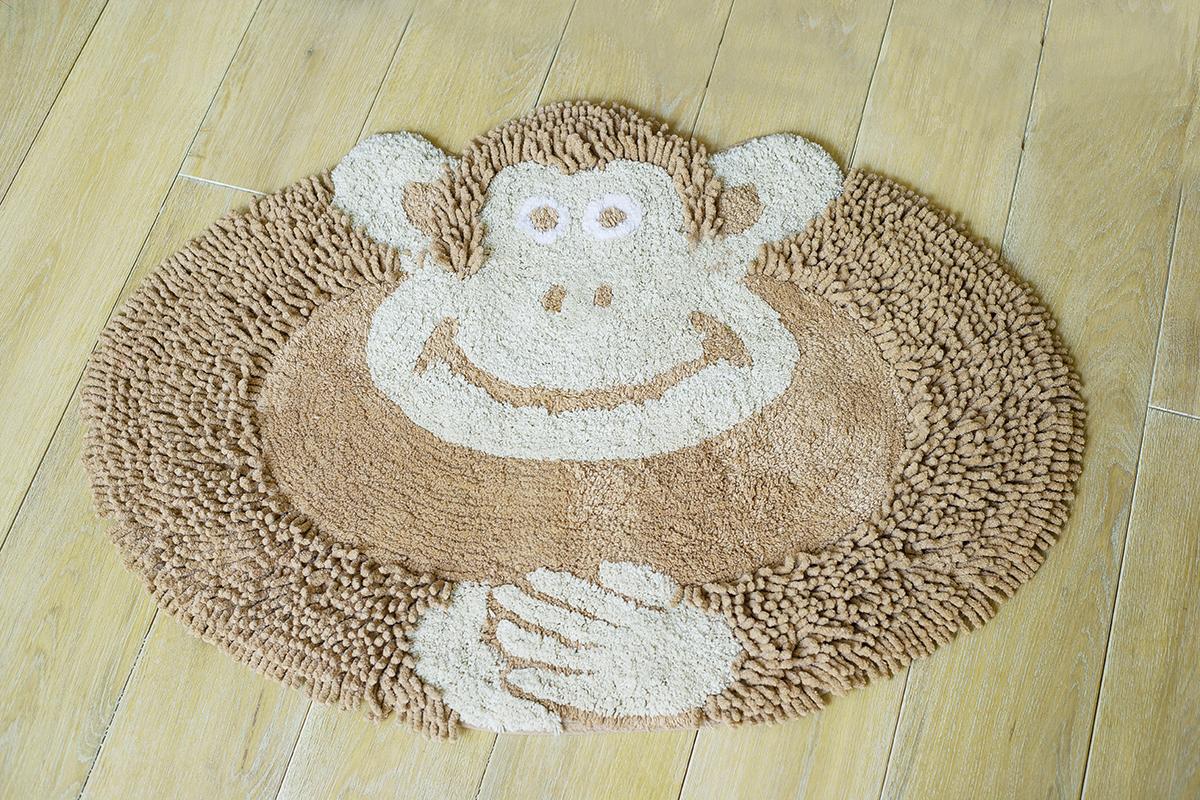 Коврик Arloni Обезьянка, 50 см х 80 см1209.2Коврик Arloni Обезьянка идеально впишется в интерьер детской. Коврик имеет оригинальный дизайн в виде обезьянки, что обязательно понравится вашему ребенку и вызовет массу положительных эмоций. Коврик необычайно мягкий и приятный на ощупь, имеет ворс двух видов - длинный и короткий. Благодаря своему составу (100% хлопок), он обладает гипоаллергенными свойствами, экологичен и очень удобен в использовании и в уходе. Можно стирать в машинке.