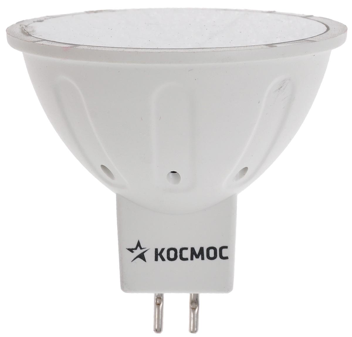Лампа светодиодная Космос, теплый свет, цоколь GU5.3, 5WLksm_LED5wJCDRC30Светодиодная лампа Космос отличается низким энергопотреблением. Срок службы лампы 30000 часов, это в 30 раз дольше, чем у лампы накаливания. Лампа устойчива к вибрациям и высоким перепадам температур. Обладает высокой механической прочностью и вибростойкостью. Характеризуется отсутствием ультрафиолетового и инфракрасного излучений. Эквивалентна лампе накаливания мощностью 50 Вт. Направленный свет как у аналогичной галогенной лампы. Использование архитектуры высокомощных LED-ламп в формфакторах малых моделей позволяет добиться лучших показателей светового потока (550 Лм) среди большинства рыночных аналогов. Декоративные лампы специально разработаны с учетом требований российских и европейских законов и подходят ко всем осветительным устройствам, совместимым со стандартным цоколем GU5.3. Теплый белый оттенок света лампы отлично украсит вашу кухню или гостиную. В основе лампы используются светодиоды от мирового лидера Epistar. Номинальное...