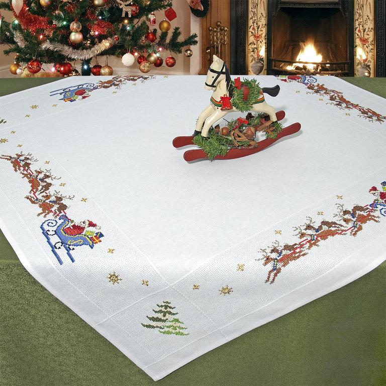 Набор для вышивания скатерти крестом Schaefer, 90 х 90 см 6828/2036828/203Красивый новогодний рисунок-вышивка, выполненный на скатерти, выглядит стильно и модно. Такая скатерть великолепно украсит праздничный стол, а вышивание отвлечет вас от повседневных забот и превратится в увлекательное занятие! Работа, сделанная своими руками, создаст особый уют и атмосферу в доме и долгие годы будет радовать вас и ваших близких, а также станет прекрасным подарком. Вышитая своими руками скатерть может стать настоящей реликвией в вашей семье, так как будет хранить теплоту вашего сердца и рук. Набор для вышивания содержит все необходимые материалы для вышивания на скатерти швом счетный крест в три нити. В состав набора входит: - скатерть белого цвета с обработанным краем (100% хлопок, 90 см х 90 см), - вышивальные нитки (14 цветов, 100% хлопок), - игла, - цветная символьная схема, - подробная инструкция. Изысканный текстиль от немецкой компании Schaefer - это красота, стиль и уют в вашем доме.