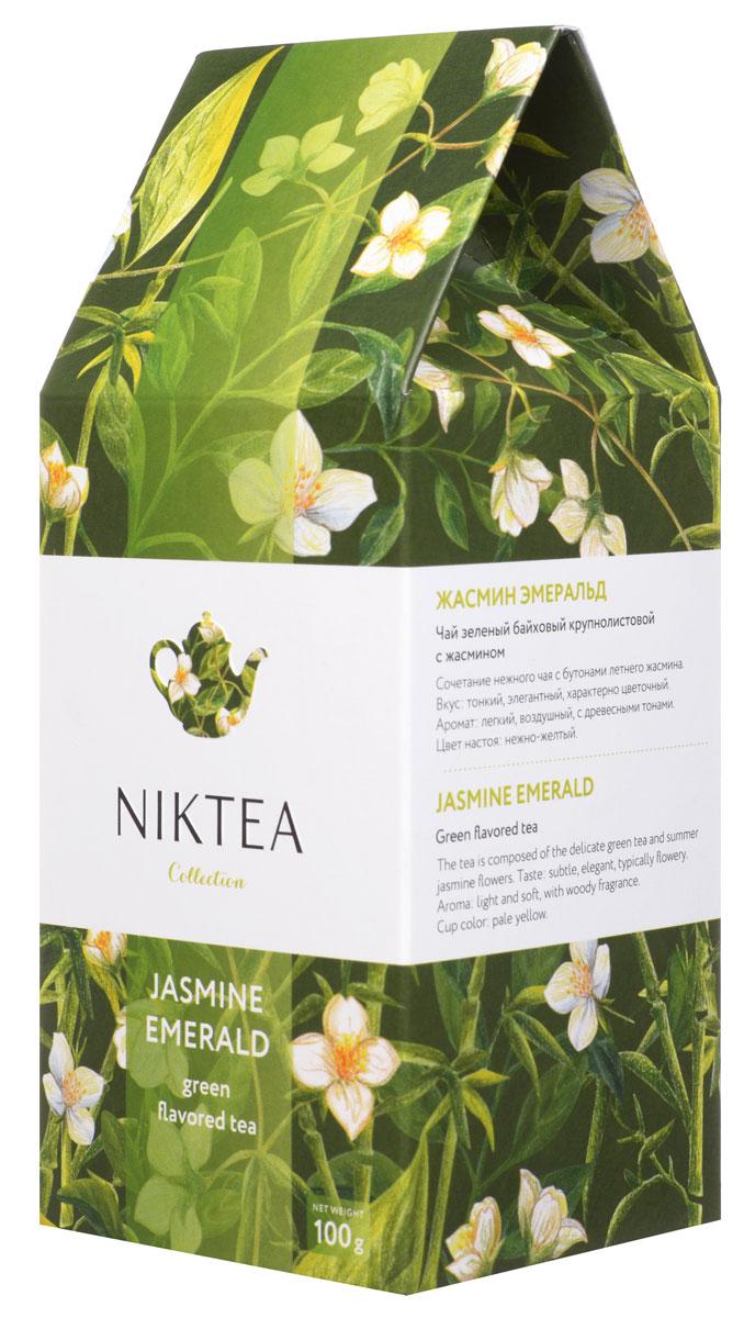 Niktea Jasmine Emerald зеленый листовой чай, 100 гTALTHA-L00004Niktea Jasmine Emerald - сочетание нежного чая с бутонами летнего жасмина. Элегантная композиция с характерно цветочным ароматом и легкими древесными тонами в послевкусии. Коллекция NikTea разработана командой экспертов, имеющих богатый опыт в чайной индустрии. Во время ее создания выбирались самые надежные поставщики из Европы и стран происхождения чая, а в линейку включили не только топовые аутентичные позиции, но и новые интересные рецептуры в традициях современной чайной миксологии. NikTea - это действительно качественный чай. Для истинных ценителей мы предлагаем безупречное качество: отборное сырье, фасовку на высокотехнологичном производственном комплексе в России, постоянный педантичный контроль готового продукта, а также сертификацию сырья по международным стандартам. NikTea - это разнообразие. В линейках листового и пакетированного чая представлены все основные группы вкусов - от классического черного и зеленого чая до...