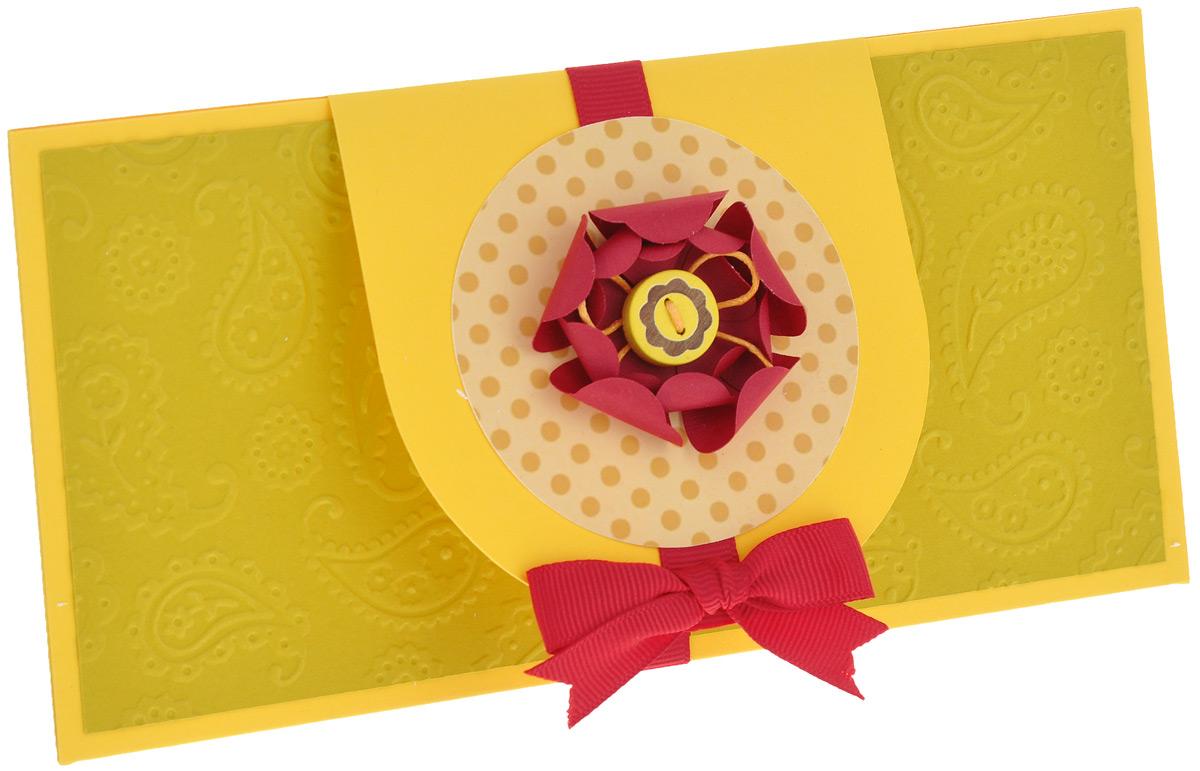 Конверт для денег ручной работы С объемным цветком. Автор Татьяна Саранчукова. ENV-010ENV-010Конверт для денег С объемным цветком - идеальное решение, если вы хотите подарить деньги. Конверт ручной работы выполнен из плотной дизайнерской бумаги, украшен красной репсовой лентой и закрывается небольшим клапаном с объемным цветком. В центре цветка расположены бант из вощеного шнура и деревянная пуговица. Внутри конверта находится специальный кармашек для денег. Это необычная красивая упаковка для денежного подарка, а также отличная возможность сделать презент более праздничным и создать прекрасное настроение! Конверт упакован в пакет для сохранности. Размер конверта: 20 см х 10 см.