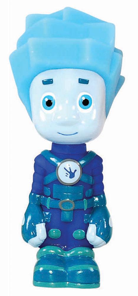 Фиксики Пластизоль НоликGT557910-сантиметровые фигурки забавных мультипликационных героев выполнены из качественного пластика — пластизоля, который абсолютно безопасен для здоровья ребенка. Игрушка обладает гладкой поверхностью и детальной качественной раскраской. Маленькая фигурка в точности повторяет любимых героев Симку и Нолика, которые представлены в привычных образах. Фиксики — необычные существа очень маленького размера, обитающие внутри техники. Их отличает тяга к знаниям, они любят экспериментировать и изобретать новые технические средства.