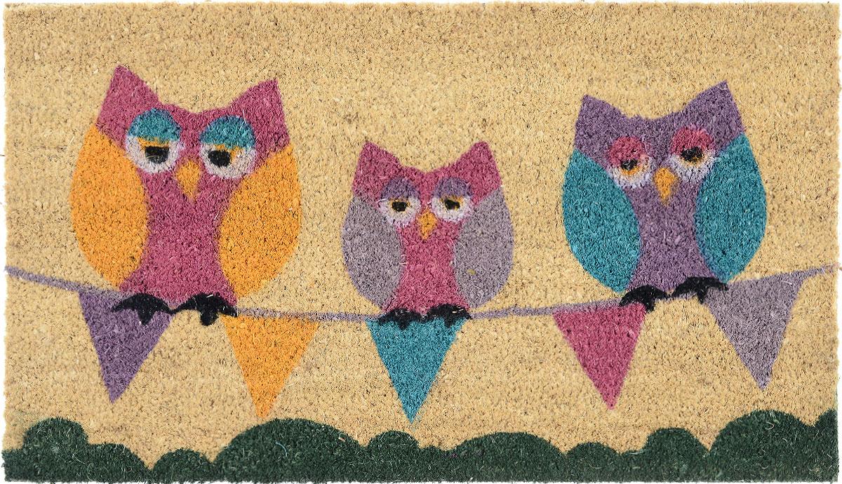 Коврик придверный Gardman Sleepy Owls, 40 см х 70 см82623ADПридверный коврик Gardman Sleepy Owls, изготовленный из кокосового волокна с основой из ПВХ, имеет жесткий ворс. Коврик оформлен забавным изображением совят. Его можно использовать отдельно либо с рамкой на резиновой основе для сменных ковриков. Устойчив к любым погодным условиям. Отличается прочностью и долгим сроком службы. Такой коврик прекрасно дополнит интерьер прихожей и надежно защитит помещение от уличной пыли и грязи.