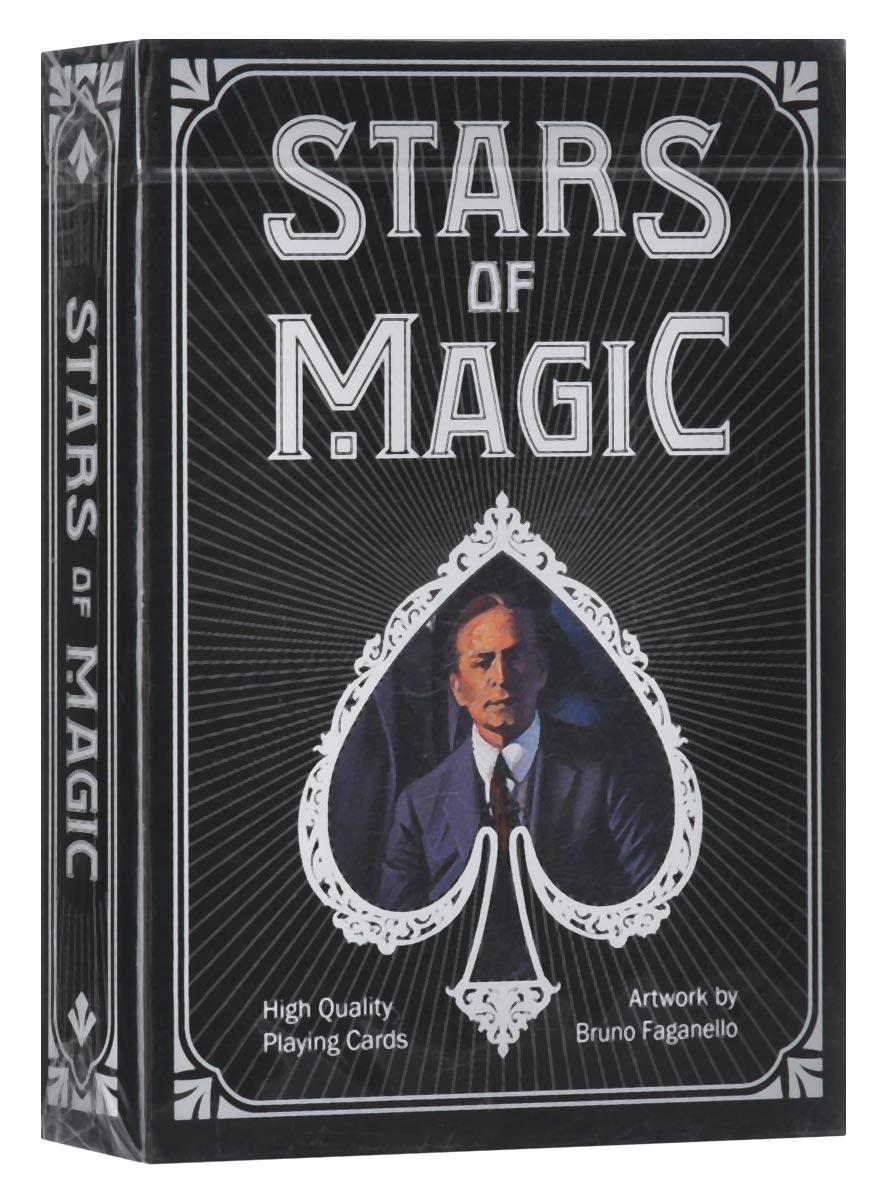 Игральные карты Bicycle Stars of Magic, цвет: черныйК-557В честь 26-ого чемпионата мира по фокусам, который проводился в Римини в 2015 году, выпущена колода карт Bicycle Stars of Magic. Карты выполнены из высококачественного картона и оформлены изображениями известнейших фокусников всех времен: Джузеппе Пинетти, Гарри Гудини, Гарри Келлар, Чунг Линг и других. Карты превосходно подойдут как для игры, так и для личной коллекции.