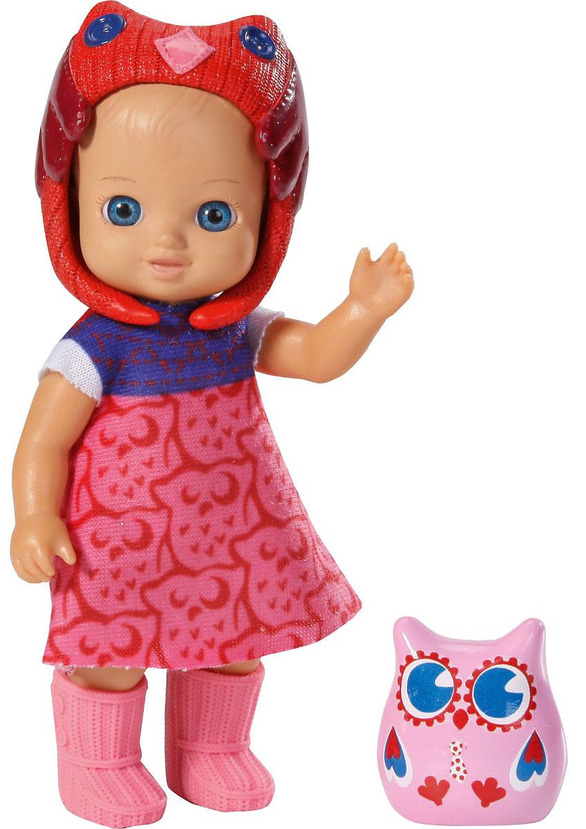 Chou Chou Birdies Мини-кукла Christy920-060_малиновыйМини-кукла Chou Chou Birdies Christy займет внимание вашей малышки и подарит ей множество счастливых мгновений. Кукла изготовлена из пластика, ее голова, ручки и ножки подвижны. Голубоглазая куколка одета в яркое платьице с орнаментом, розовые сапожки и малиновую шапочку. В комплект входит очаровательный питомец-сова, которая живет с куклой в волшебном мире сновидений и сказок. Благодаря играм с куклой, ваша малышка сможет развить фантазию и любознательность, овладеть навыками общения и научиться ответственности, а дополнительные аксессуары сделают игру еще увлекательнее. Порадуйте свою принцессу таким прекрасным подарком!