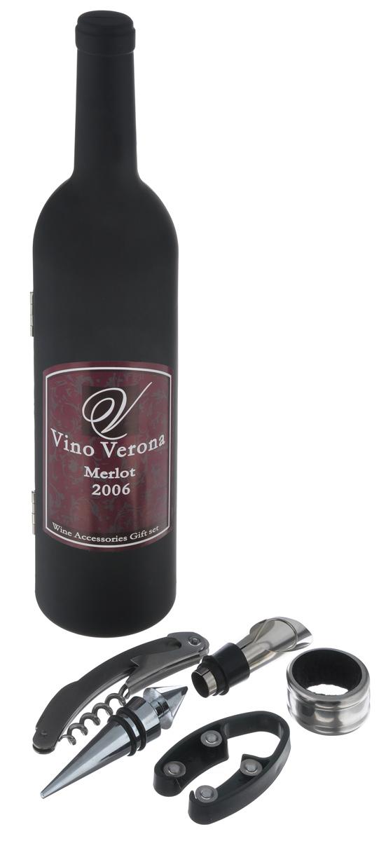 Набор винный Эврика Верона, 6 предметов92402Винный набор Эврика Верона станет отличным подарком для ценителя вин и всего изысканного. Набор состоит из высококачественного футляра в виде бутылки итальянского вина, универсального ножа, кольца для сбора капель, специальной пробки, ножа для срезания защитной пробки и конусной спец-пробки Складной нож, выполненный из стали, включает в себя нож, штопор и открывалку и штопор. Конусная пробка для бутылки имеет вставки из резины, что позволяет герметично закрыть бутылку и сохранить напиток ароматным на долгое время. Пробка-дозатор предназначена для закрывания бутылок. С помощью такой пробки можно наливать напитки, не вынимая их. Специальный нож предназначен для срезания защитной пленки с бутылки вина. Кольцо предназначено для аккуратного наливания напитков, так как капли задерживаются на специальной текстильной вставке внутри кольца. Набор упакован в оригинальный футляр в виде бутылки итальянского вина. Предметы набора надежно крепятся в определенном положении благодаря...