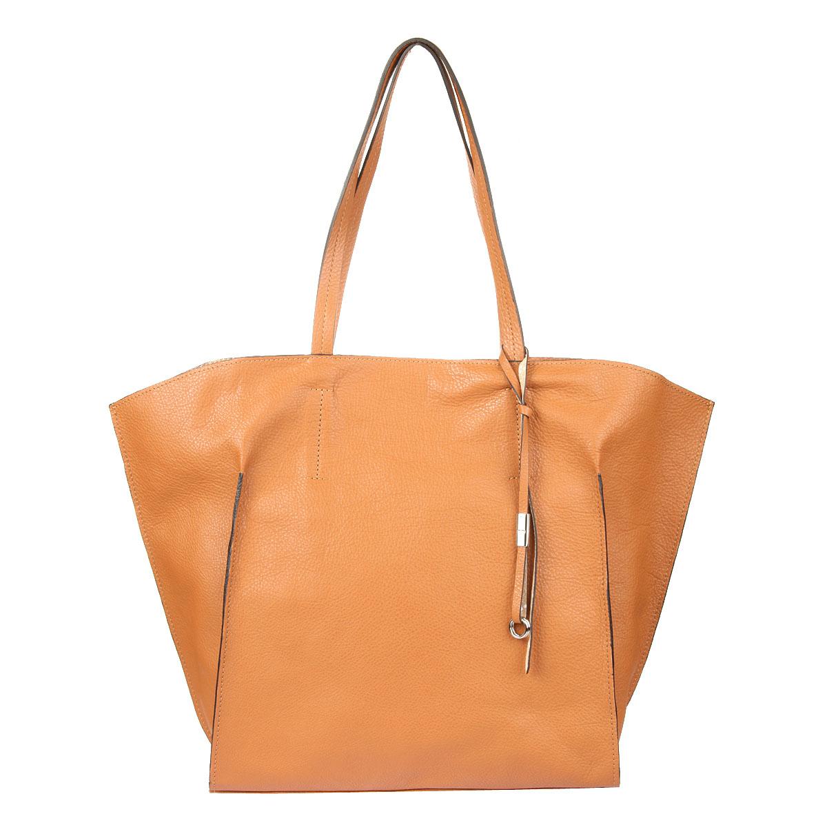 Сумка Gianni Conti жен., цвет: коричневый. 1813558 leather1813558 leatherзакрывается на молнию внутри отдел, в котором съемная косметичка на молнии кольцо для ключей карабин