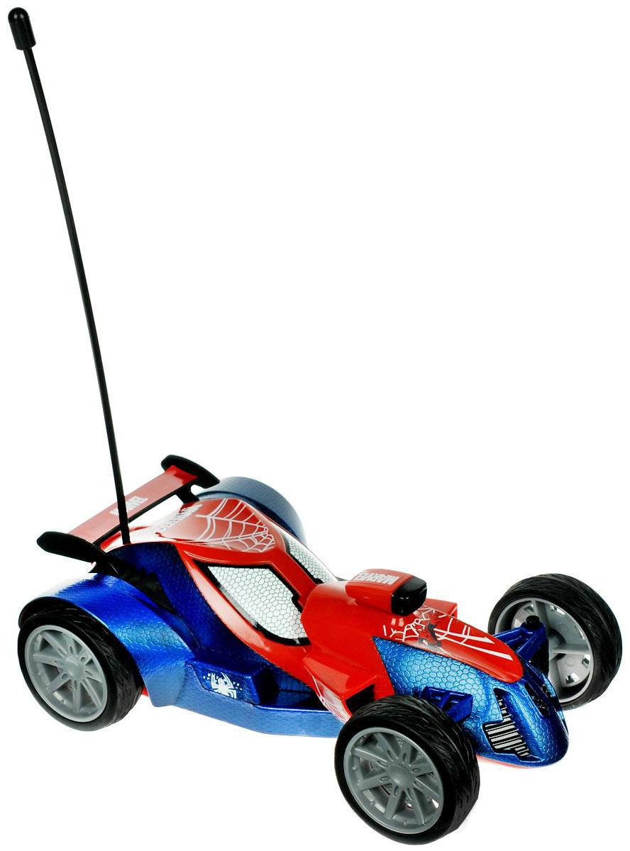 Majorette Машина на радиоуправлении Spider-Man цвет красный синий3089822Радиоуправляемая модель Majorette Ultimate Spider-Man не оставит равнодушным вашего ребенка. Модель с двухканальным управлением выполнена в виде машинки в стиле Человека-Паука из красно-синего пластика, шины - из мягкой резины. Модель при помощи пульта управления может перемещаться вперед- влево-вправо, назад-влево-вправо и останавливаться, имеется функция турбо. В комплект входит машинка, пульт управления и инструкция по эксплуатации на русском языке. Ваш ребенок часами будет играть с моделью, придумывая различные истории и устраивая соревнования. Порадуйте его таким замечательным подарком! Для работы машины необходимы 3 батарейки напряжением 1,5V типа АА (не входят в комплект), для работы пульта управления нужна 3 батарейки напряжением 1,5V типа ААА (не входят в комплект).