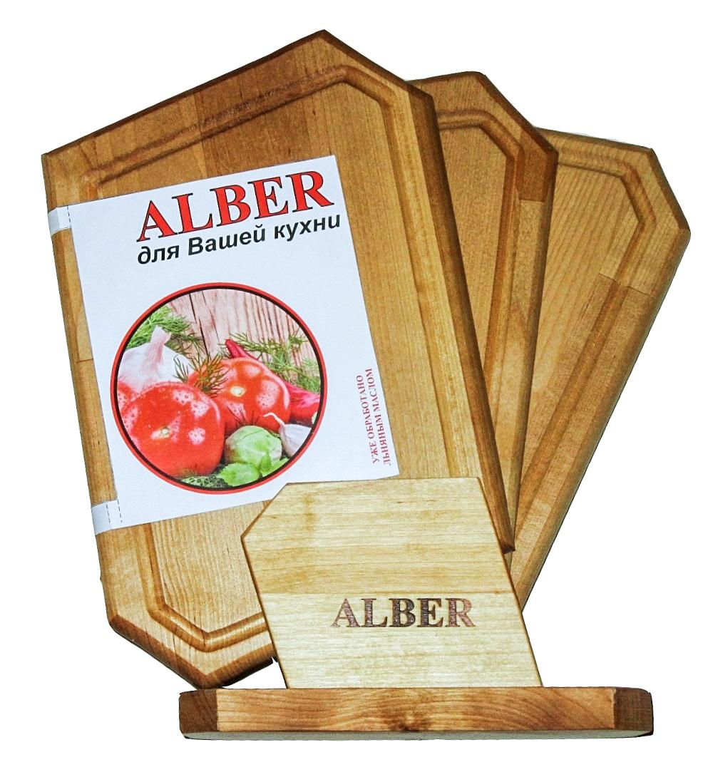 Набор досок разделочных малых Ромб в кассете (3 доски 300х180х18)0080046Прочные, гладкие, с естественной березовой текстурой, доски обработаны льняным маслом для предохранения от рассыхания. Изделия имеют индивидуальную пленочную упаковку и оригинальную гравировку - нельзя мыть деревянную доску в посудомоечной машине, а также оставлять надолго погруженной в воду; - после каждого использования нужно промыть доску мыльной водой, тщательно сполоснуть проточной водой и вытереть насухо; - хранить доски лучше в подвешенном состоянии или просто поставив вертикально; - новую сухую доску (если она не обработана) перед началом нужно смазать маслом; масло должно быть безопасным и устойчивым к порче при комнатной температуре (оптимальный вариант - льняное масло, в отличие от подсолнечного или оливкового, которые со временем портятся); повторять эту процедуру необходимо в среднем раз в месяц - по мере высыхания масла; - заменять разделочную доску на кухне рекомендуется 1 раз в год.
